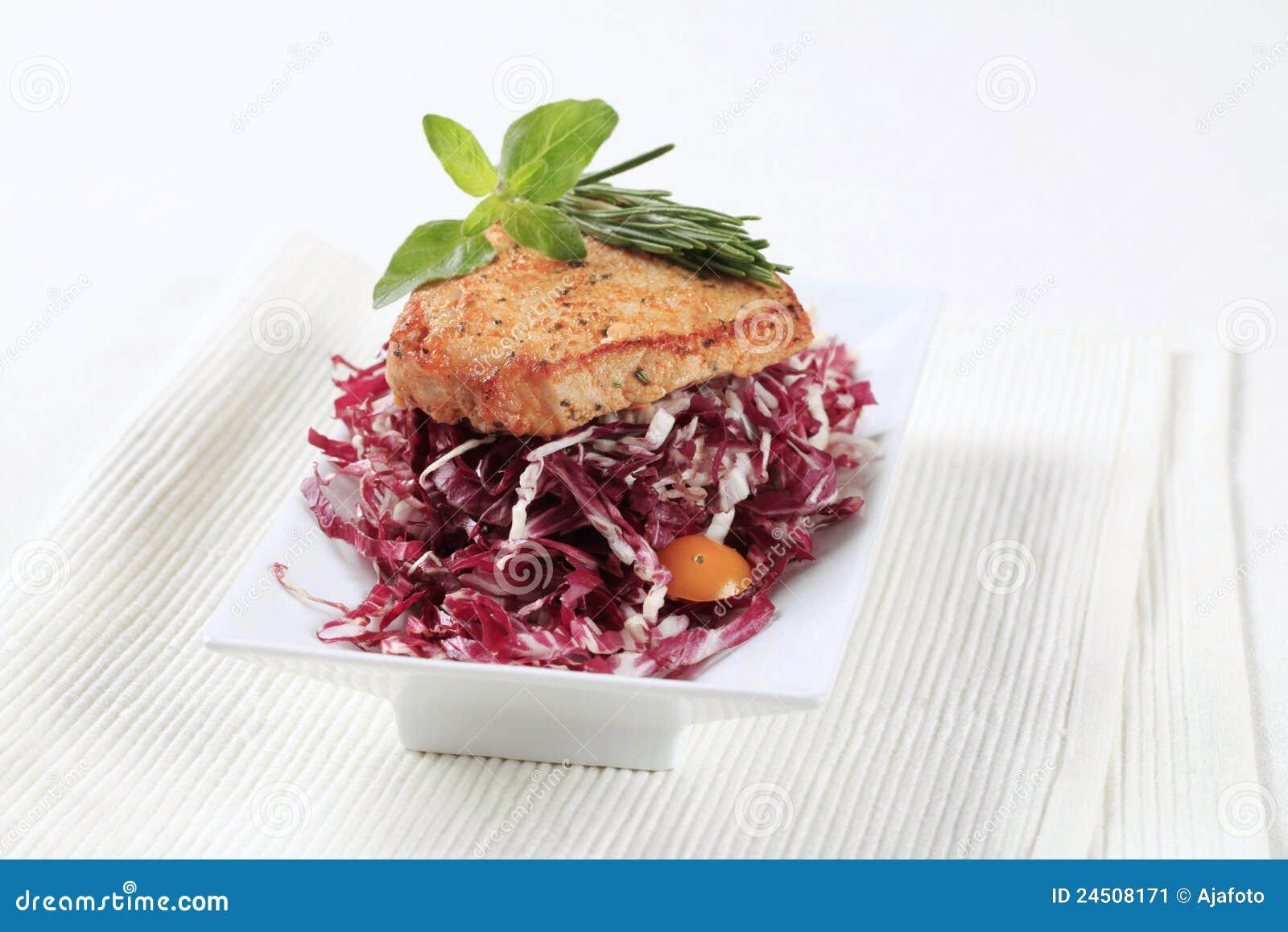 圆白菜用卤汁泡的脆皮红色青州猪肉猪肉在哪里图片