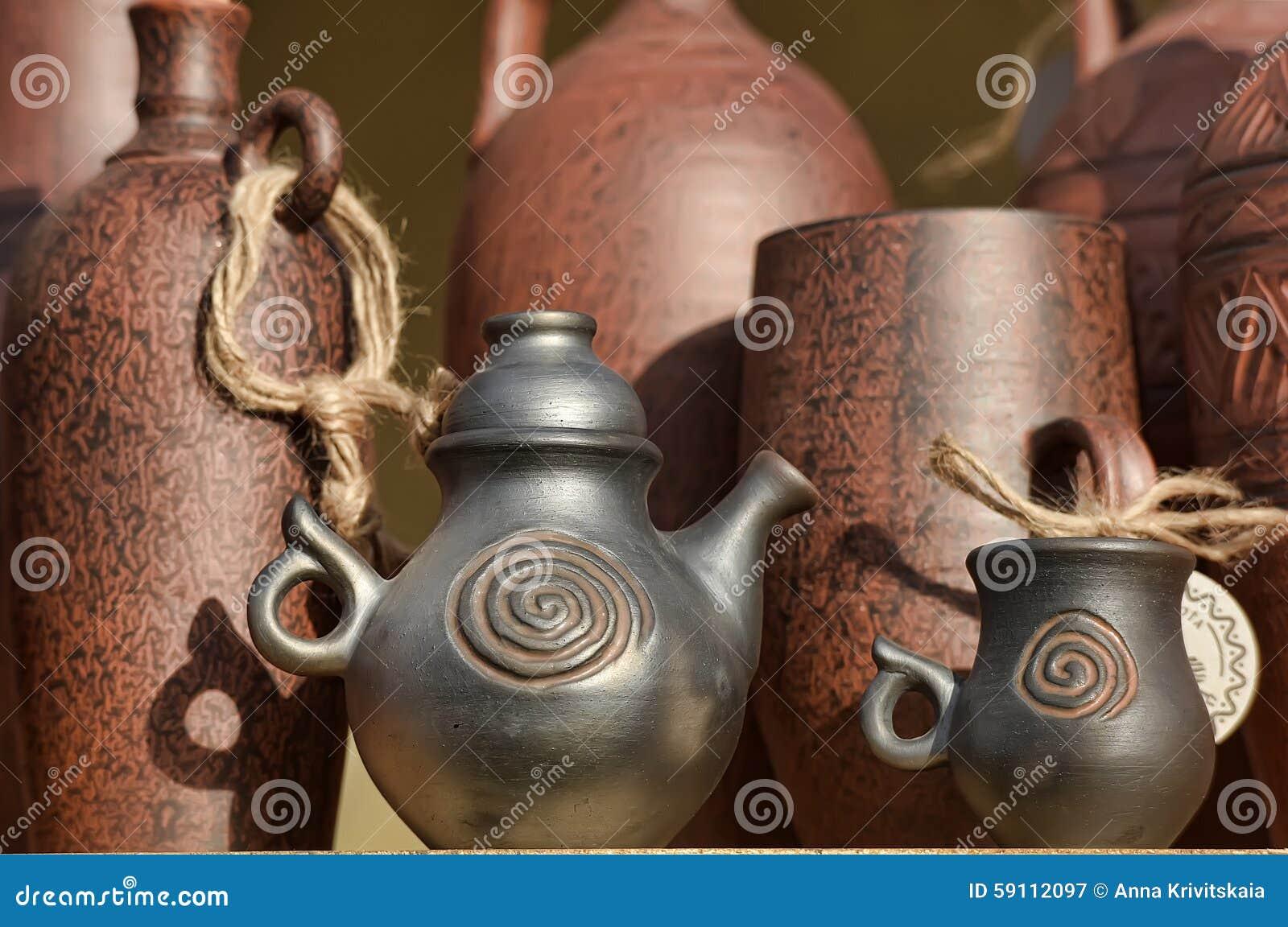 黏土手工制造罐