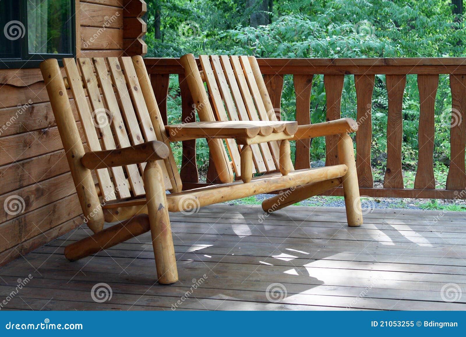 土气的轻便折椅