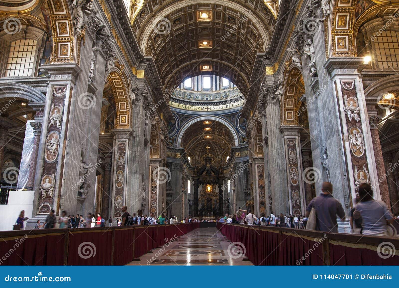 圣伯多禄` s大教堂圣彼得罗内部在罗马,意大利