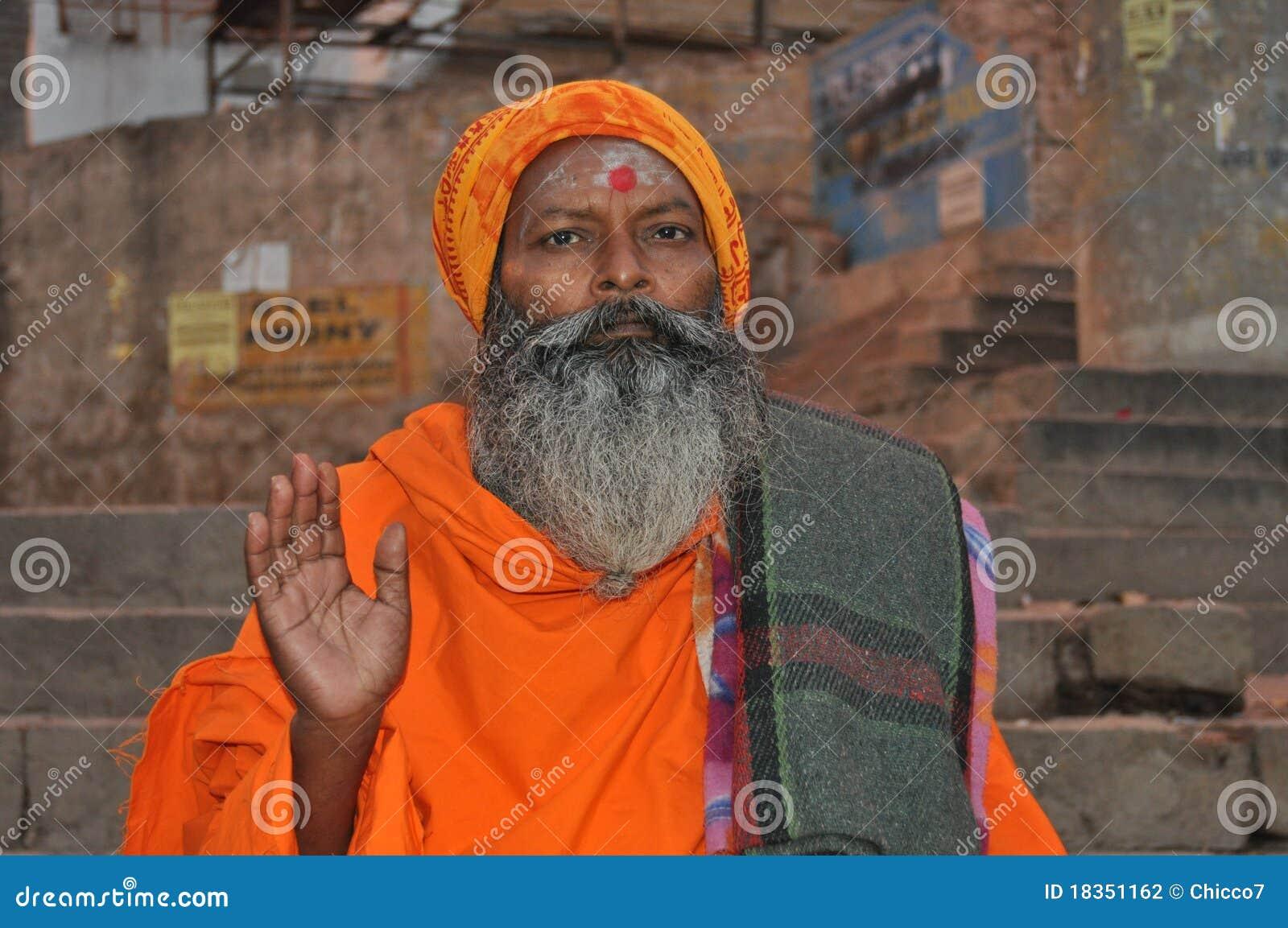 圣洁印度人sadhu瓦腊纳西