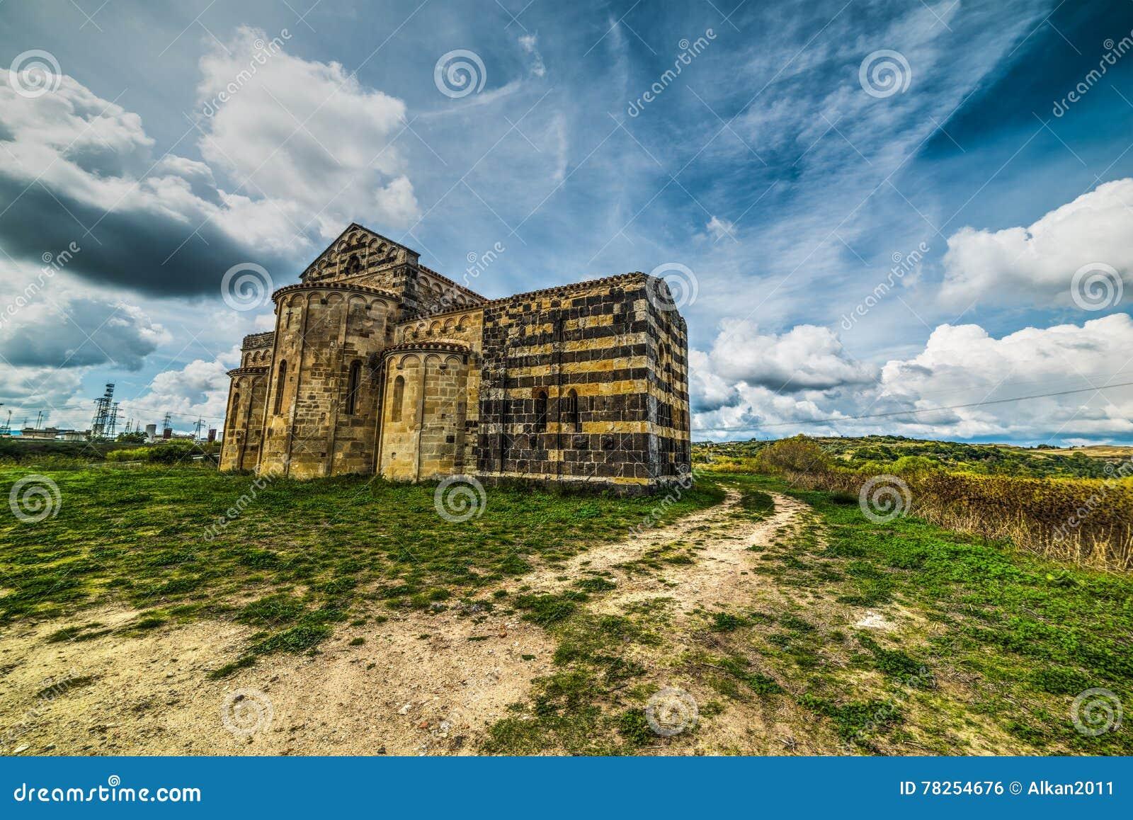 圣米谢勒Salvenero教会在撒丁岛