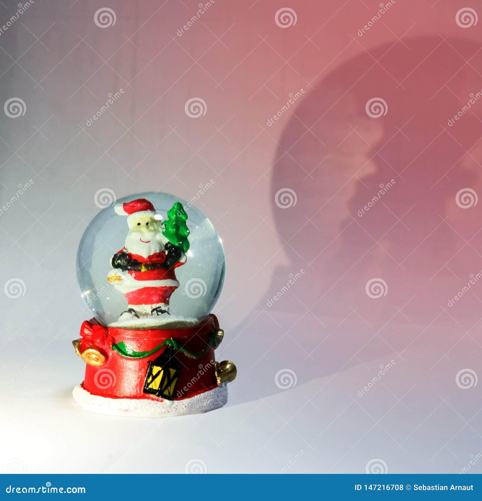 圣诞节不可思议的球