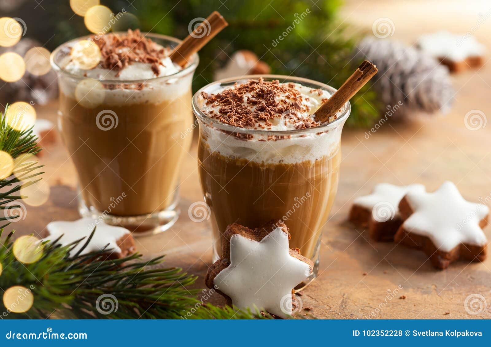 圣诞节的咖啡震动