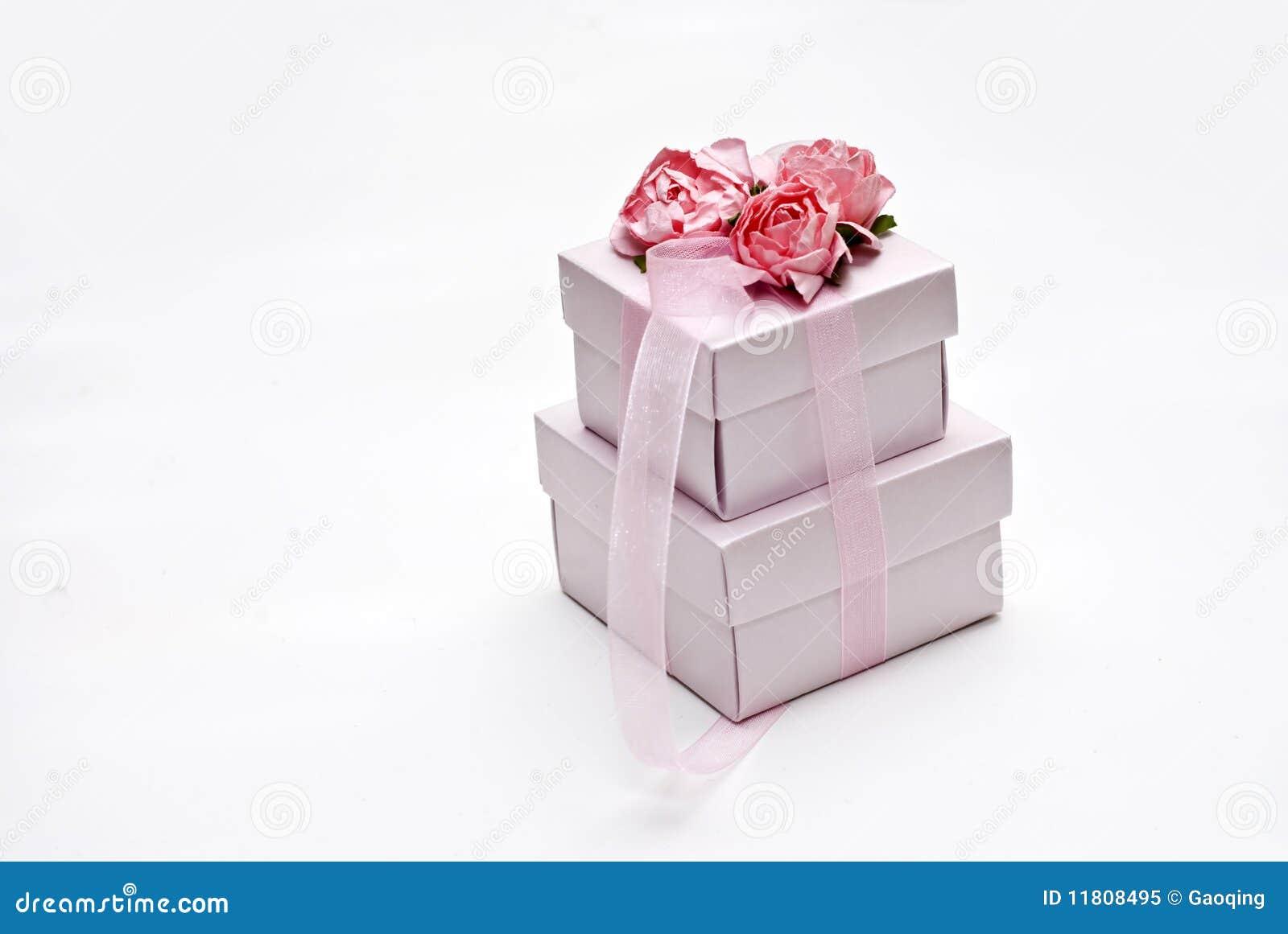 圣诞节礼品包装的甜点婚礼