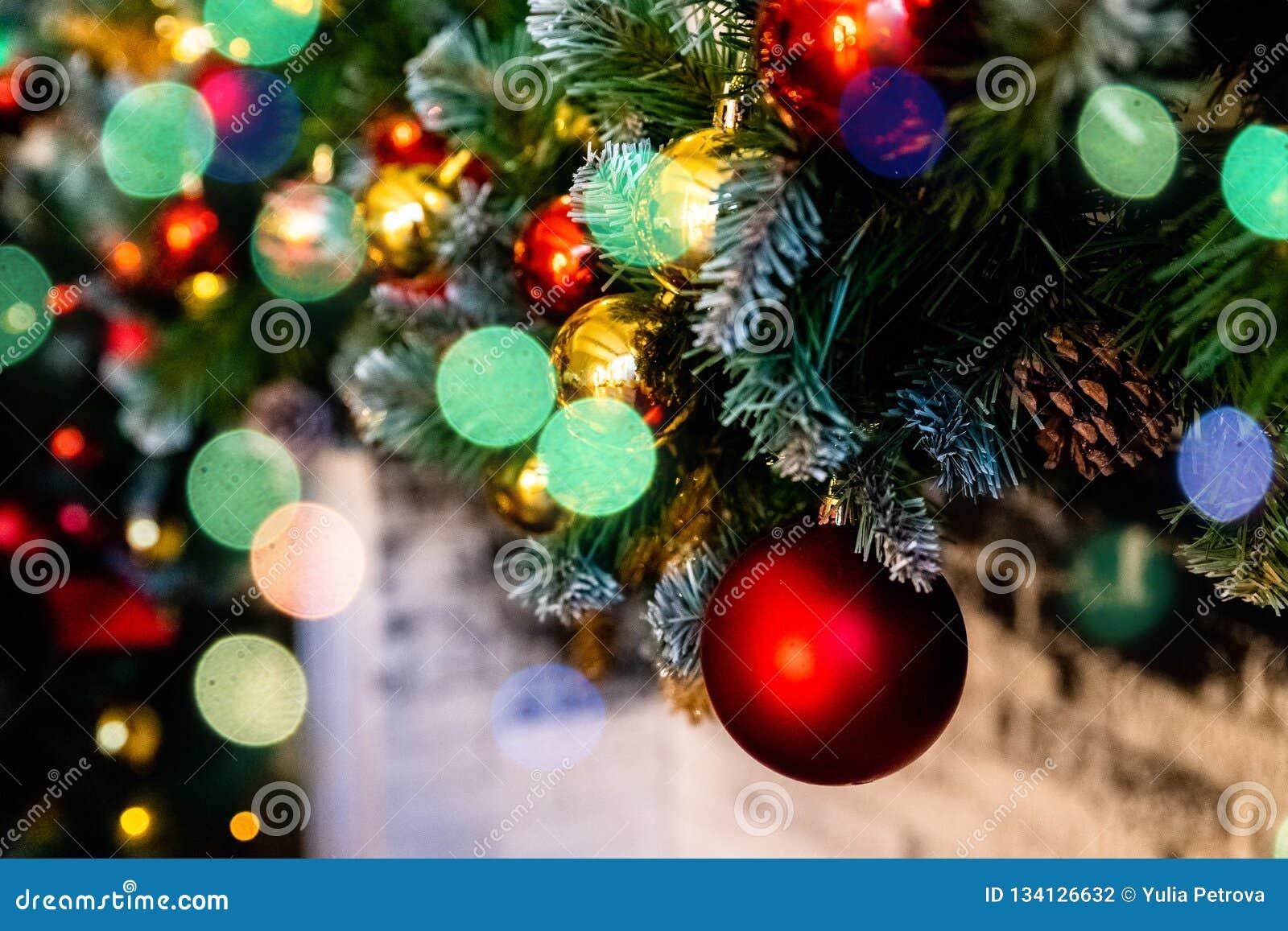 圣诞节装饰新年度 中看不中用的物品圣诞节停止的结构&# Xmas与诗歌选的假日背景,闪亮金属片