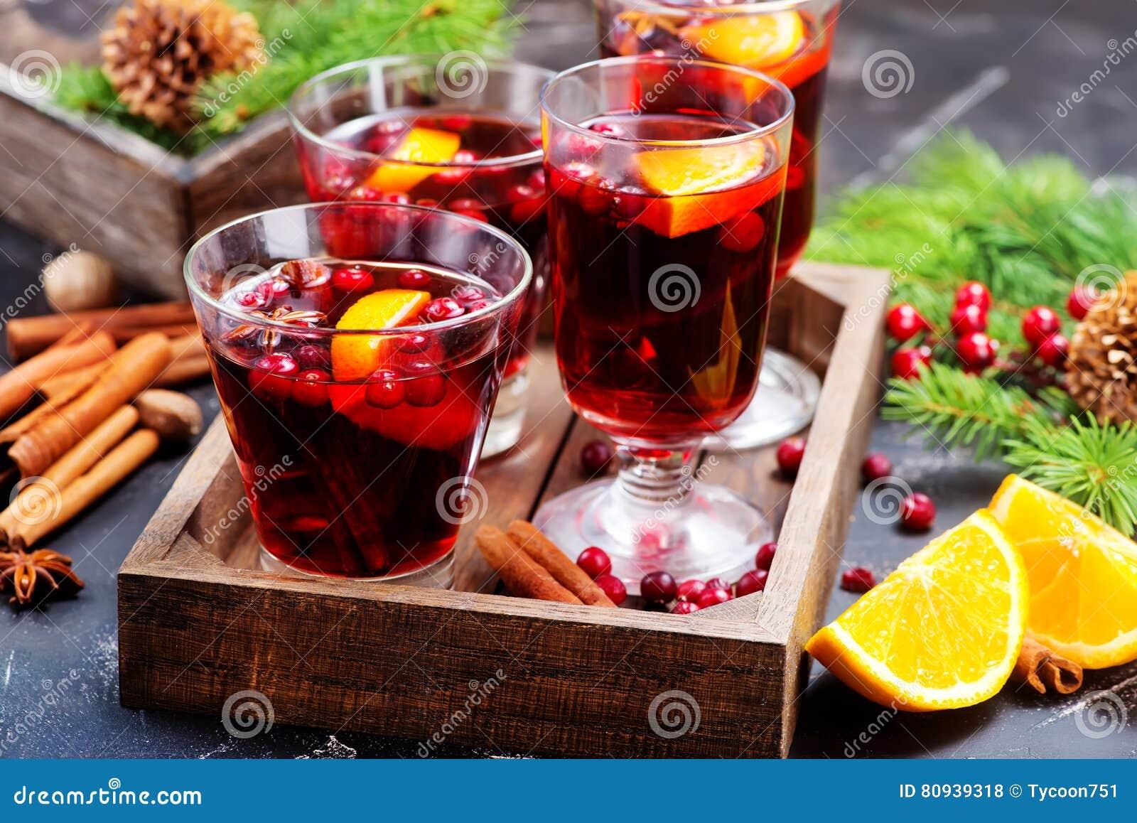 Download 圣诞节饮料 库存照片. 图片 包括有 食物, 装饰, 冷杉, 蔓越桔, 果子, 橙色, 香橼, 打孔机, 打赌的人 - 80939318