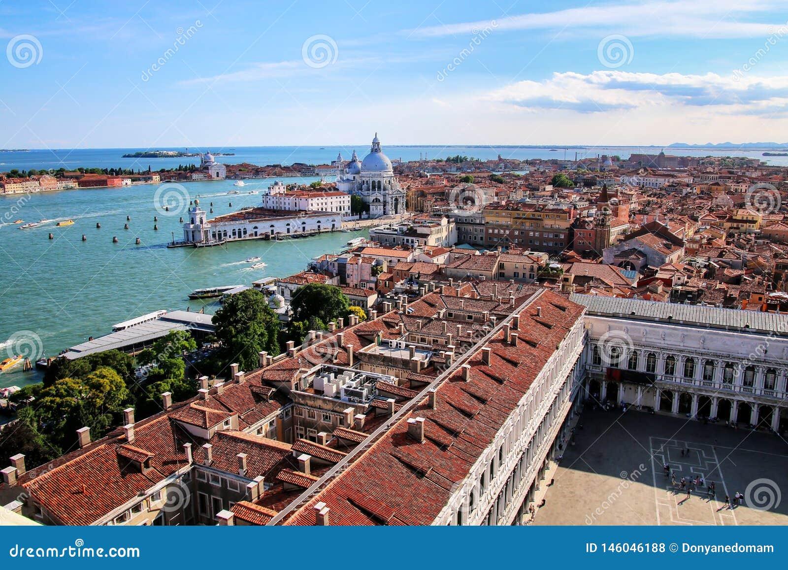 圣马可广场和大教堂二安康圣母圣殿看法在威尼斯,意大利