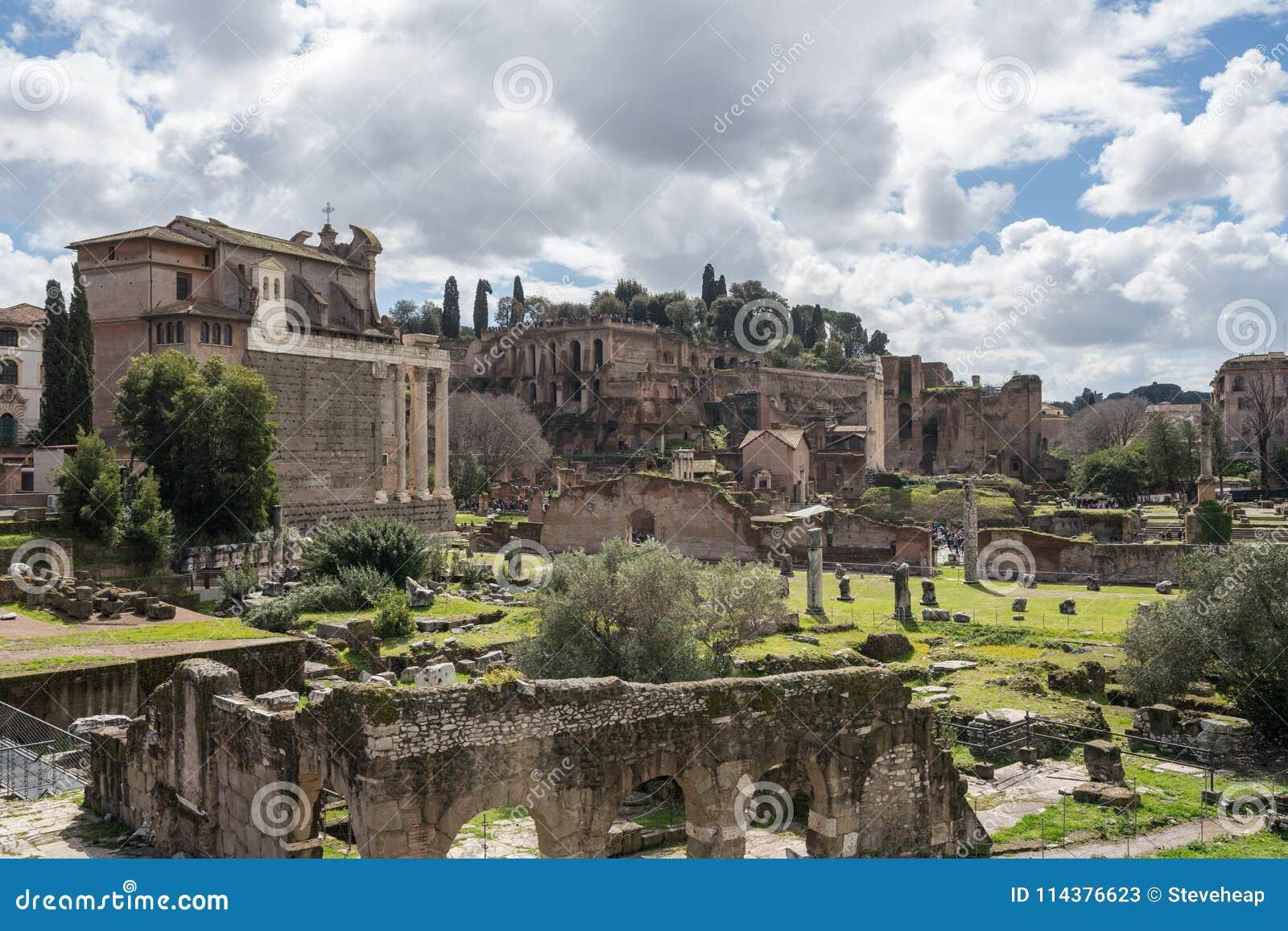 圣Cosma和Damion教会在罗马