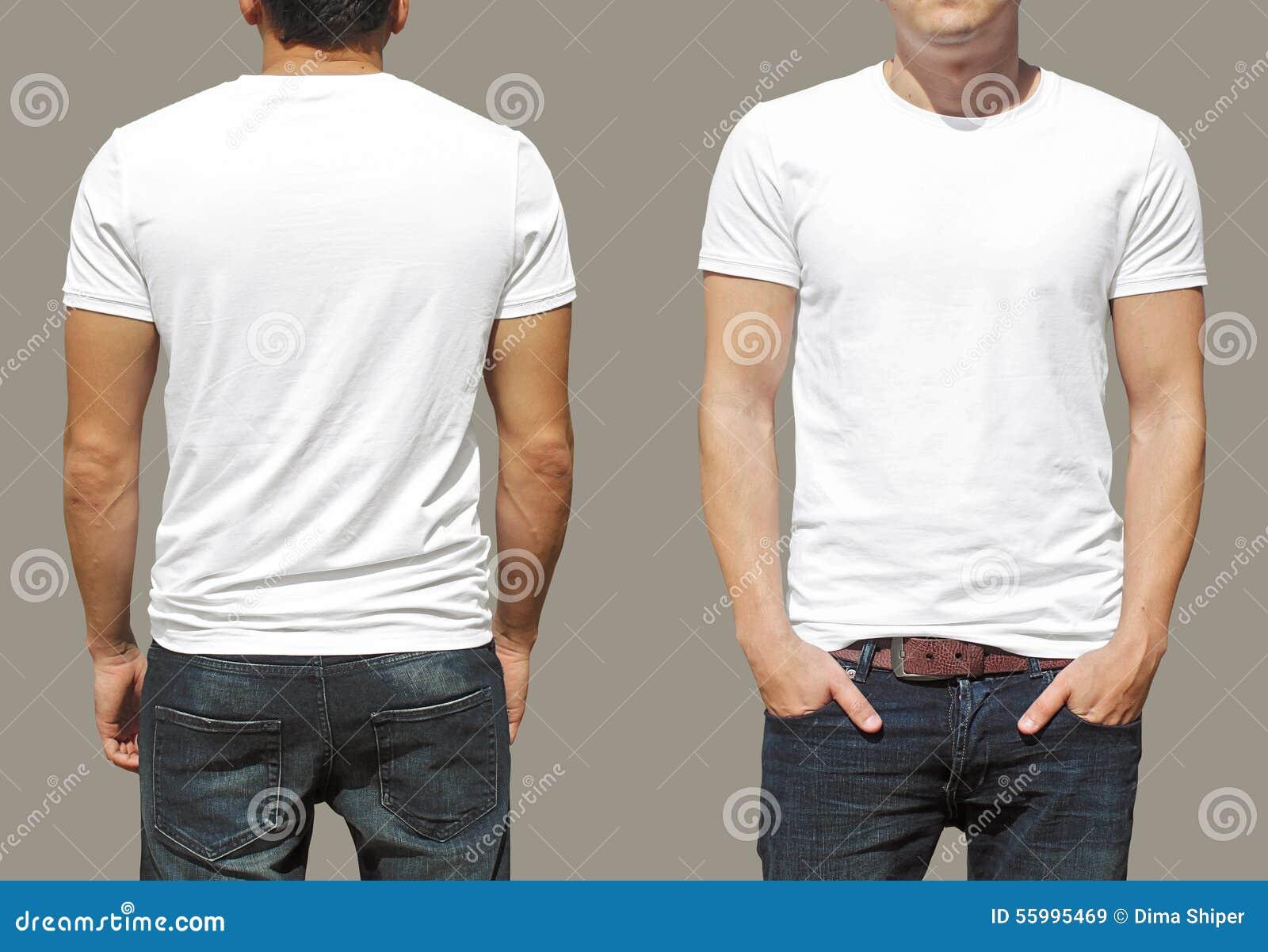 在一块年轻人模板的白色T恤杉