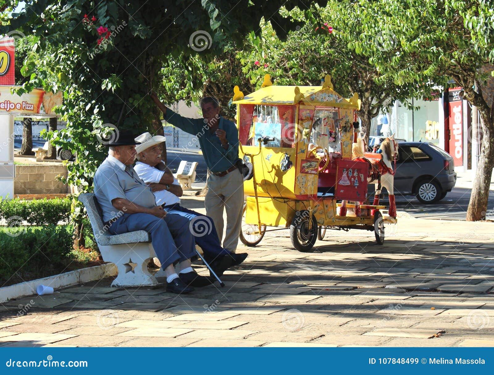 在一点城市摆正在巴西, Monte Siao MG