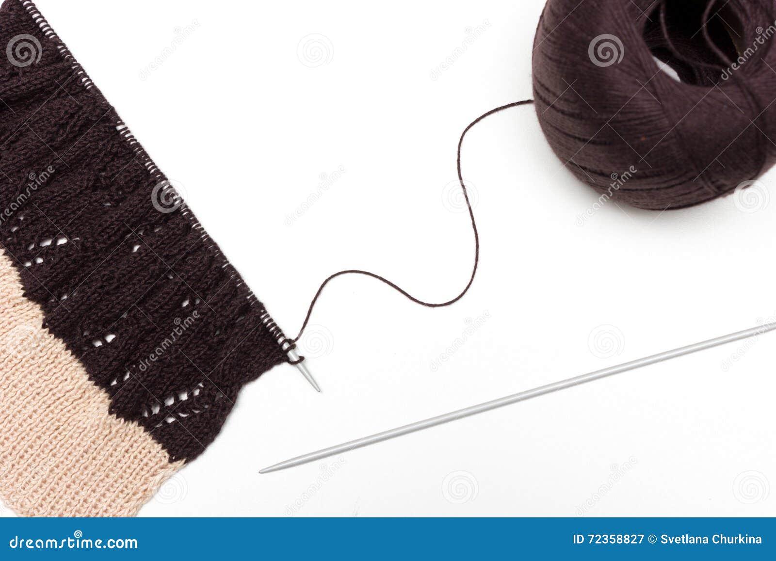 在中立背景的被编织的布料