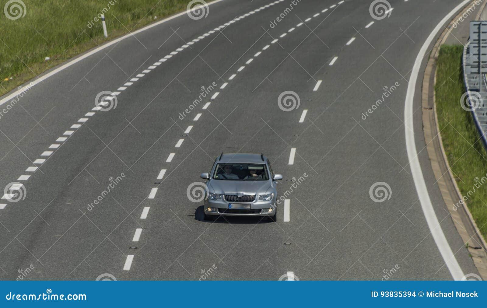 在乌斯季nad Labem市附近的高速公路
