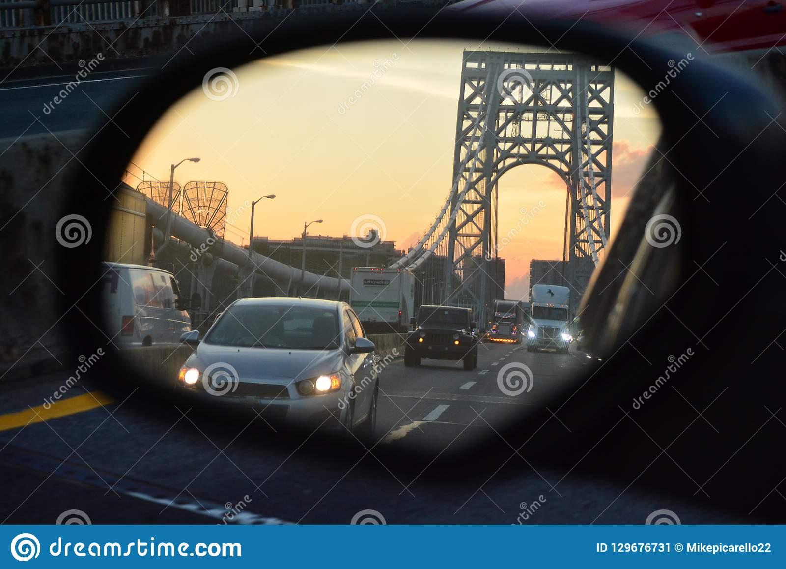 在乔治・华盛顿桥梁的交通