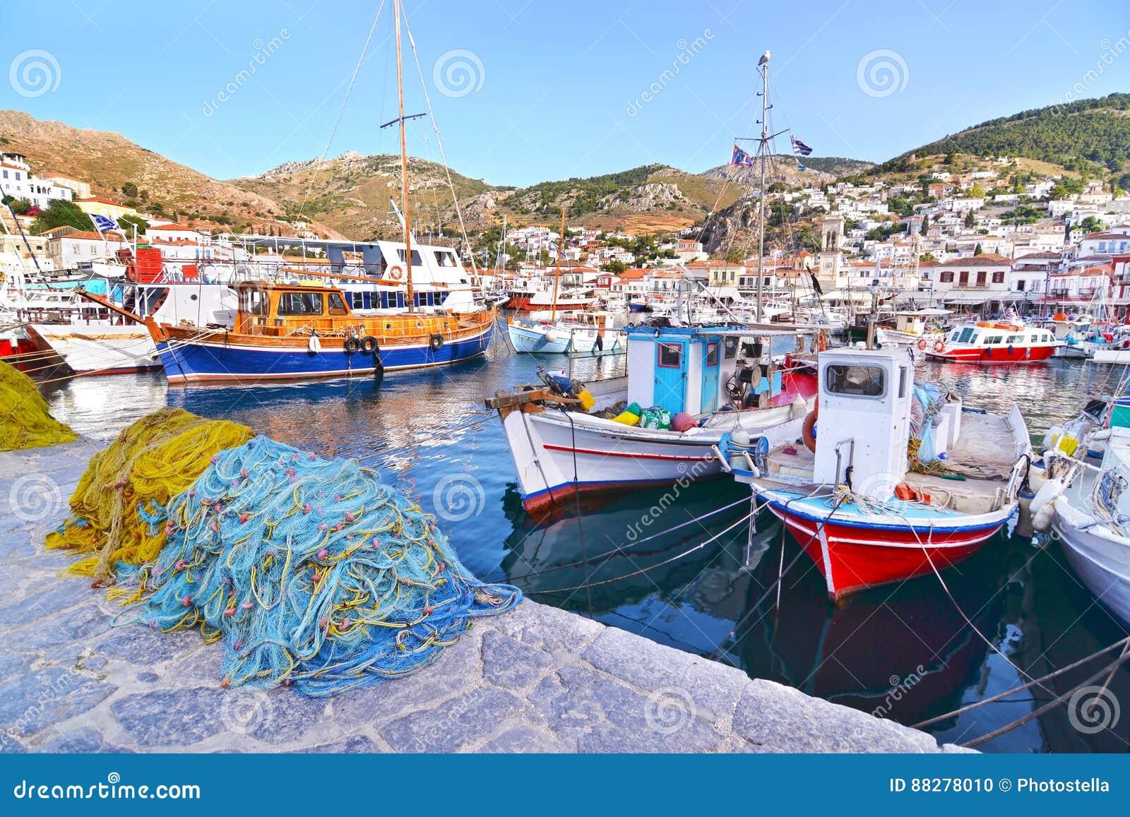 在九头蛇海岛希腊的口岸