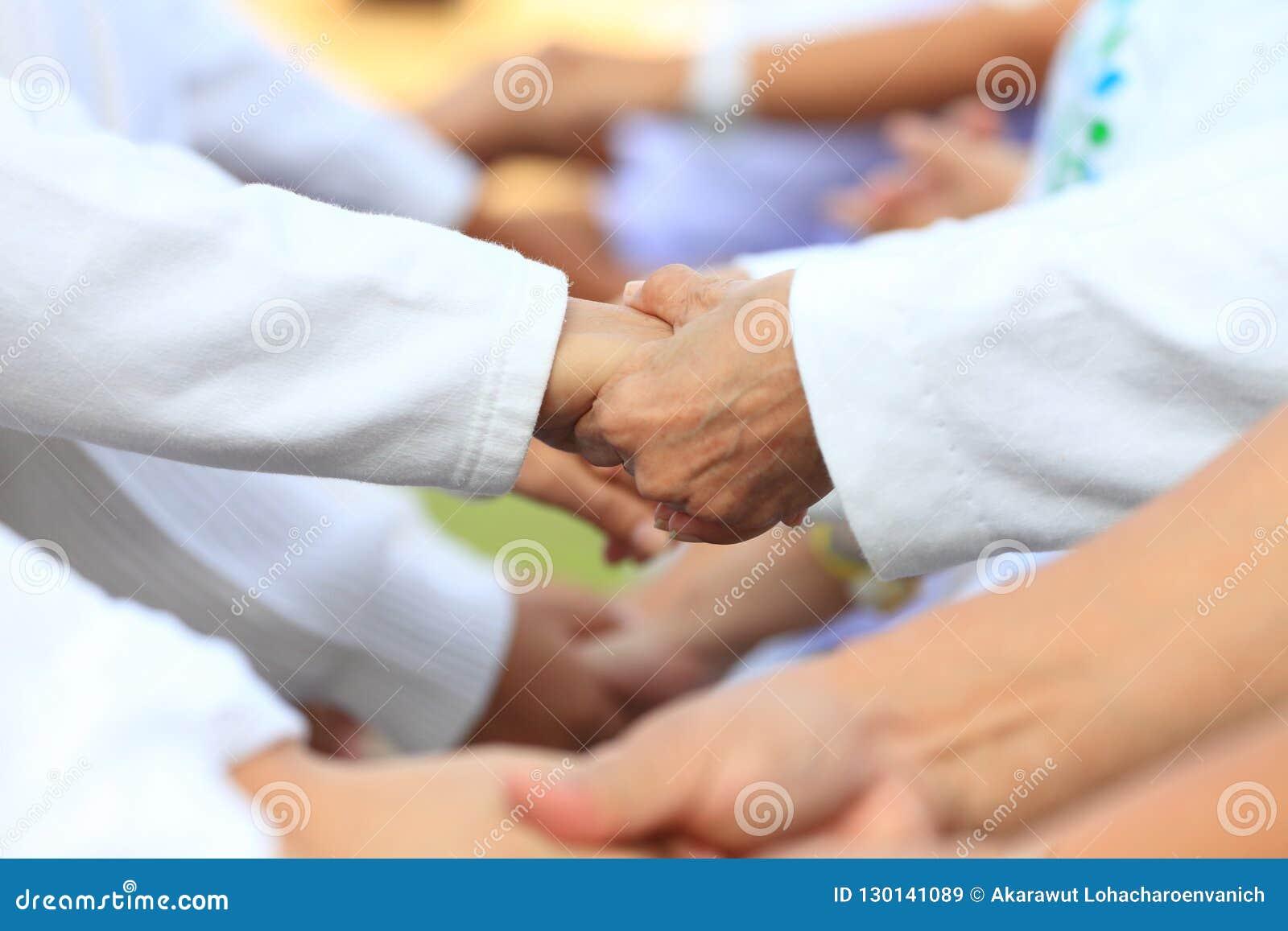 在事务的对组织工作团结和合作完全支持的以分享好力量和提高的empa职员变化