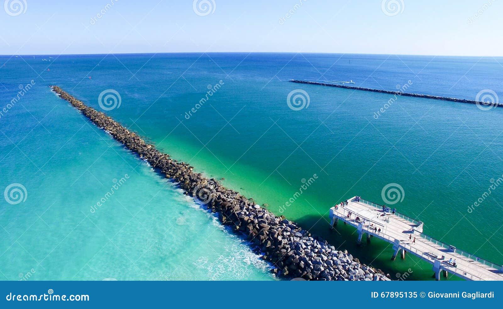 在南Pointe的迈阿密海滩码头