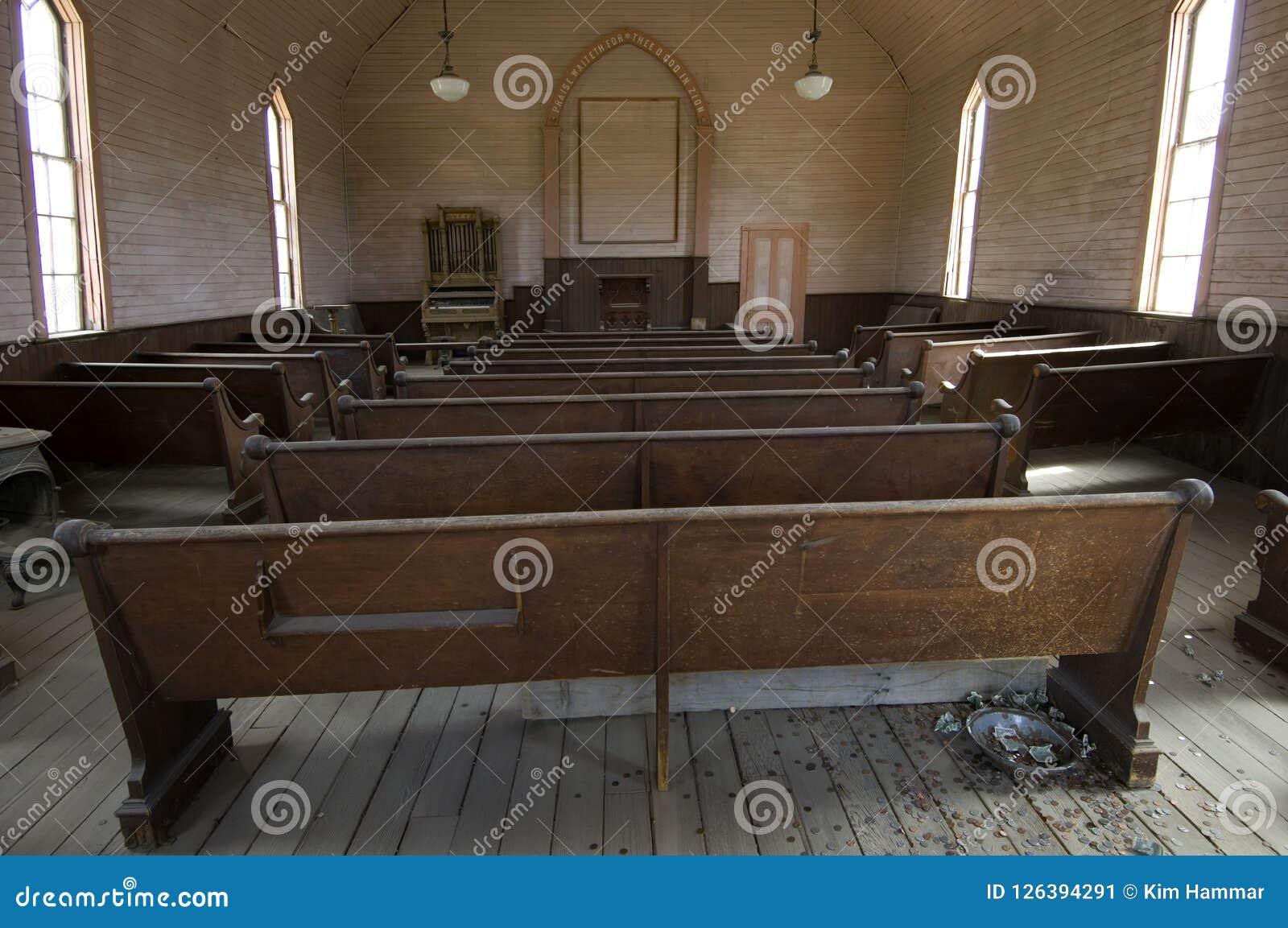 在卫理公会的座位在鬼城Bodie