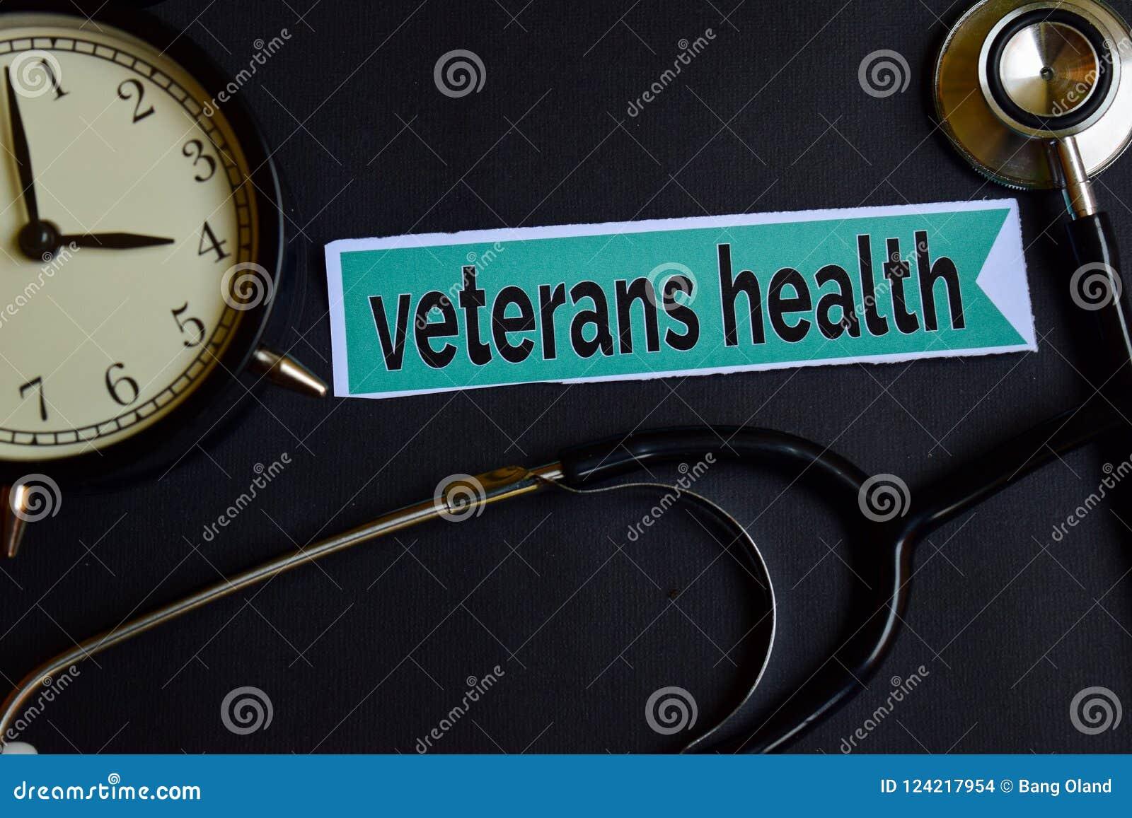 在印刷品纸的退伍军人健康与医疗保健概念启发 闹钟,黑听诊器