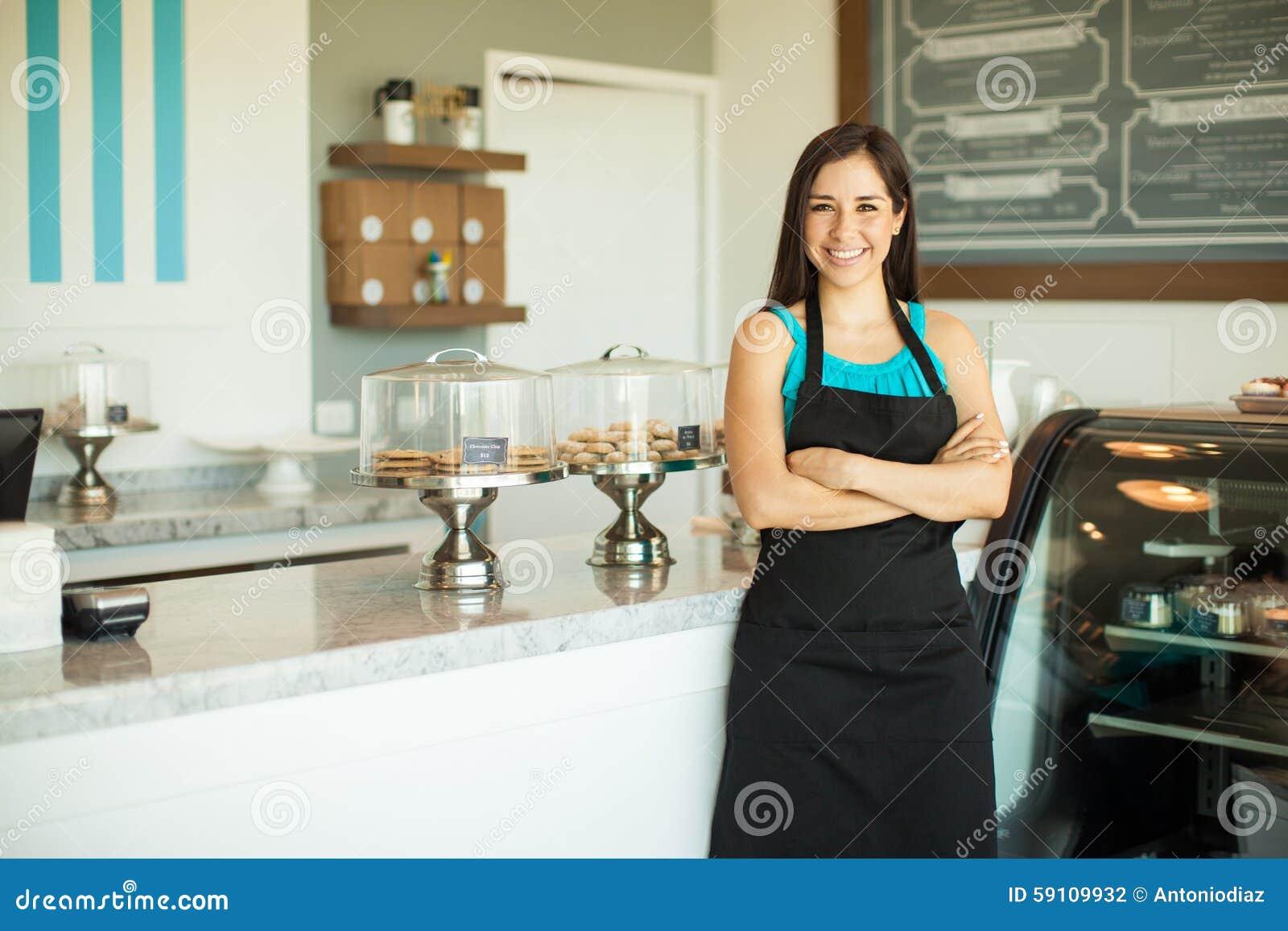 在咖啡店的企业主