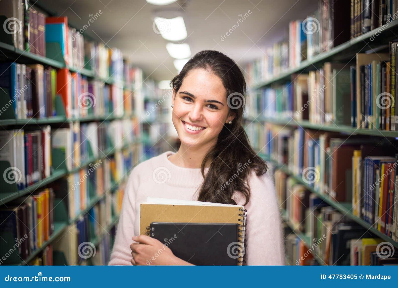 在图书馆-相当有运作在h的书的女学生里