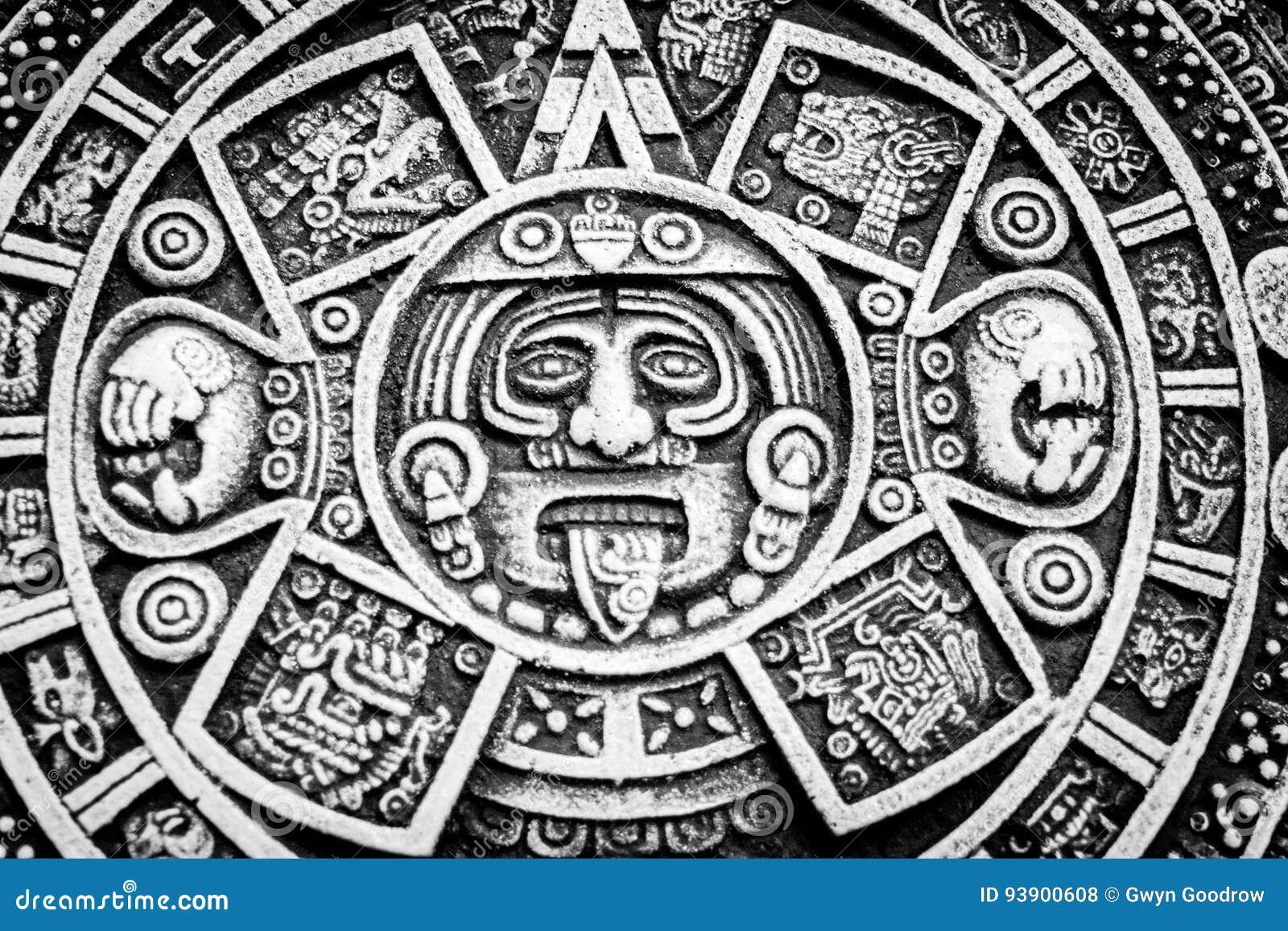 在圆的圆盘的墨西哥日历象征主义