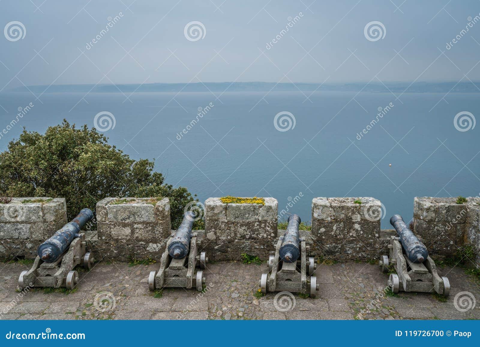 在圣Michaels墙壁上的大炮登上堡垒
