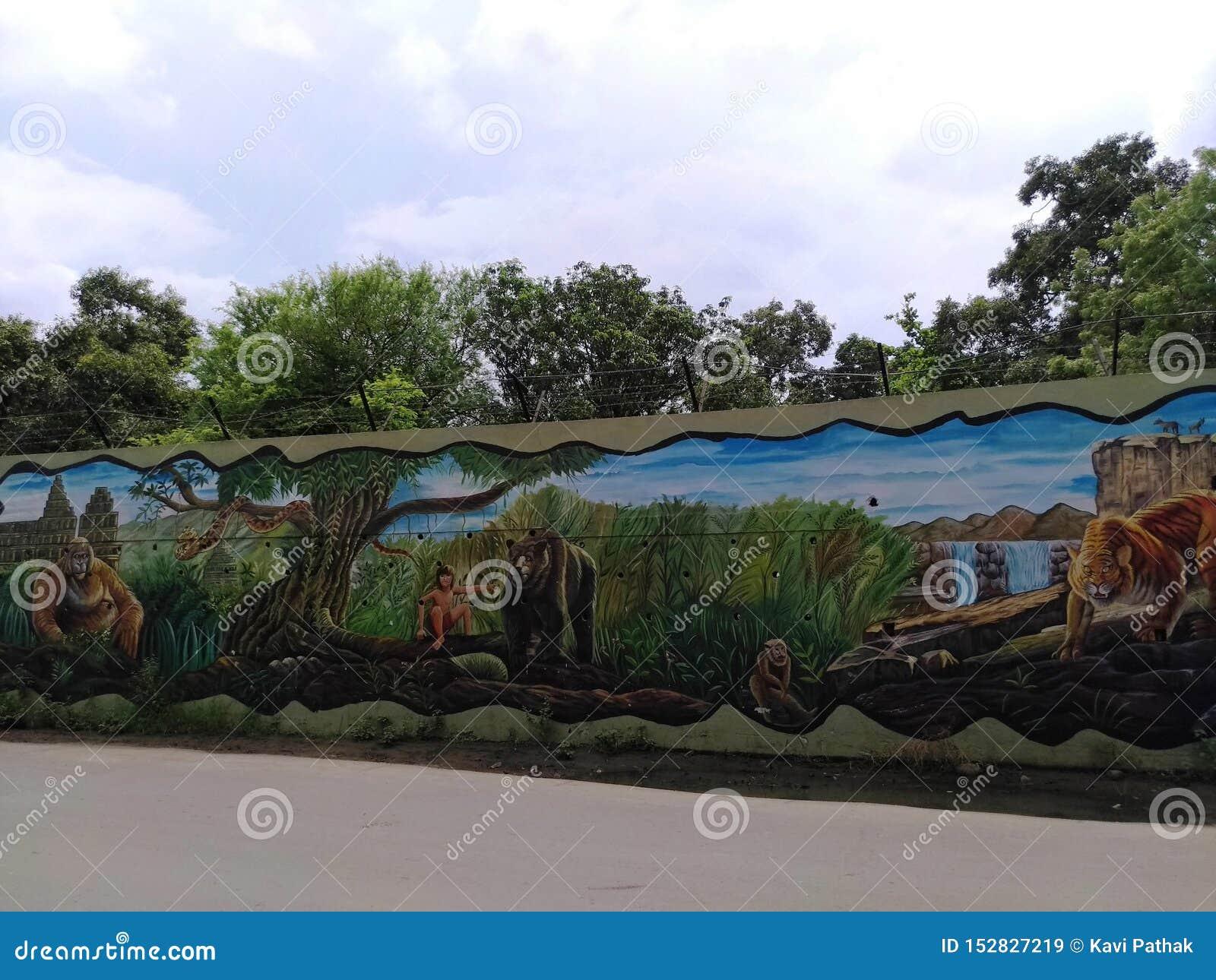在墙壁上的绘画由一位地方艺术家