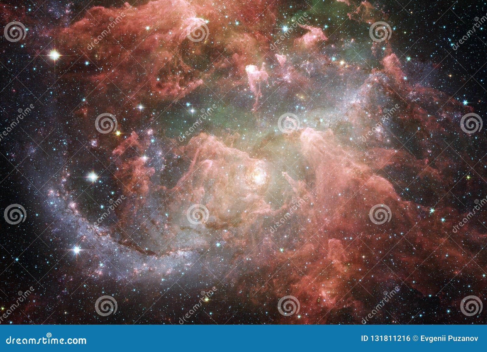 在外层空间,宇宙秀丽的星系  美国航空航天局装备的这个图象的元素