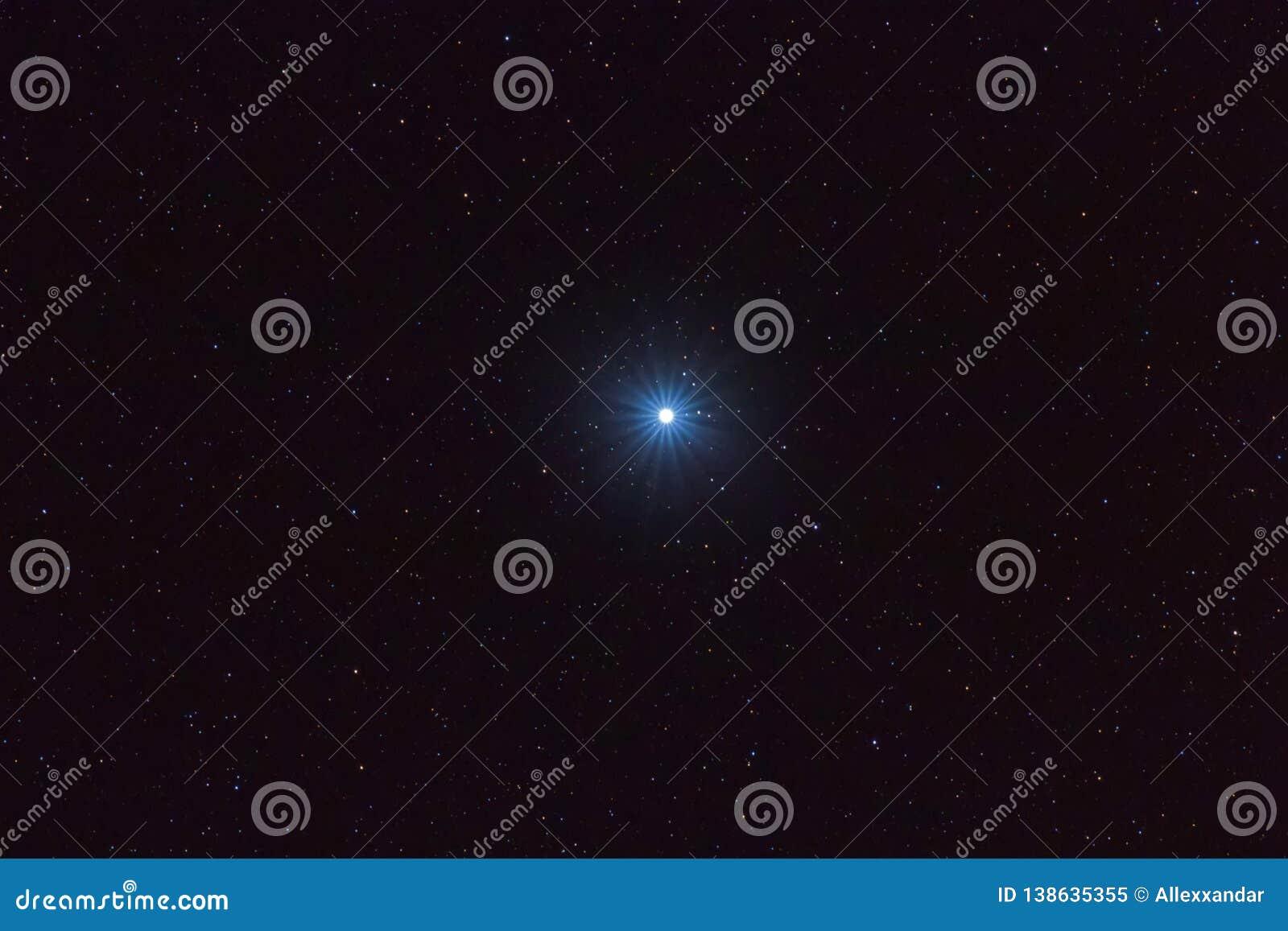 在夜空的Sirius最明亮的星,Sirius星