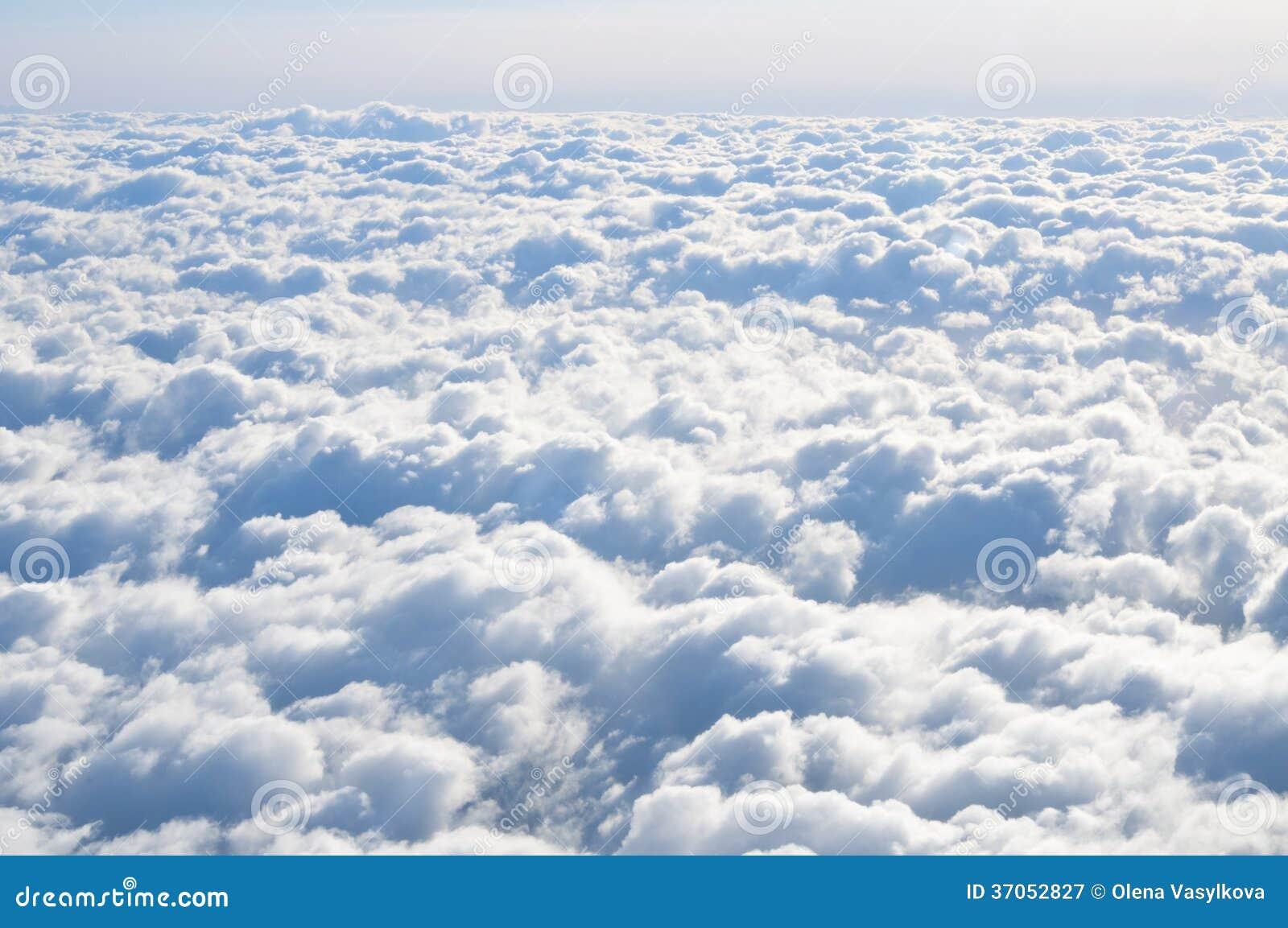 在天空的云彩 免版税图库摄影 - 图片: 37052827图片