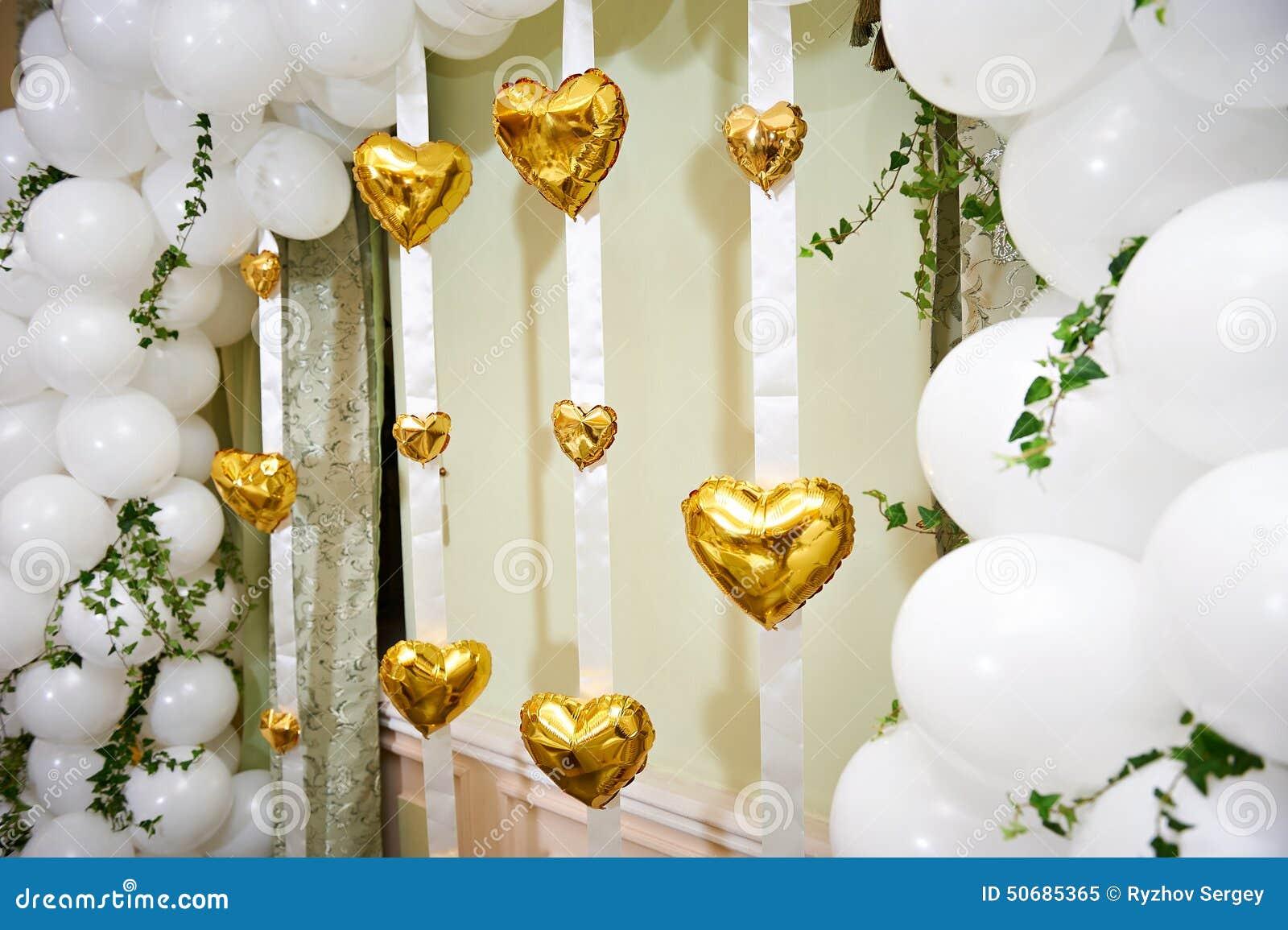 Download 在婚礼的美好的气球心脏 库存图片. 图片 包括有 日期, 华伦泰, 感觉, 演奏台, 重点, 运气, 航空 - 50685365