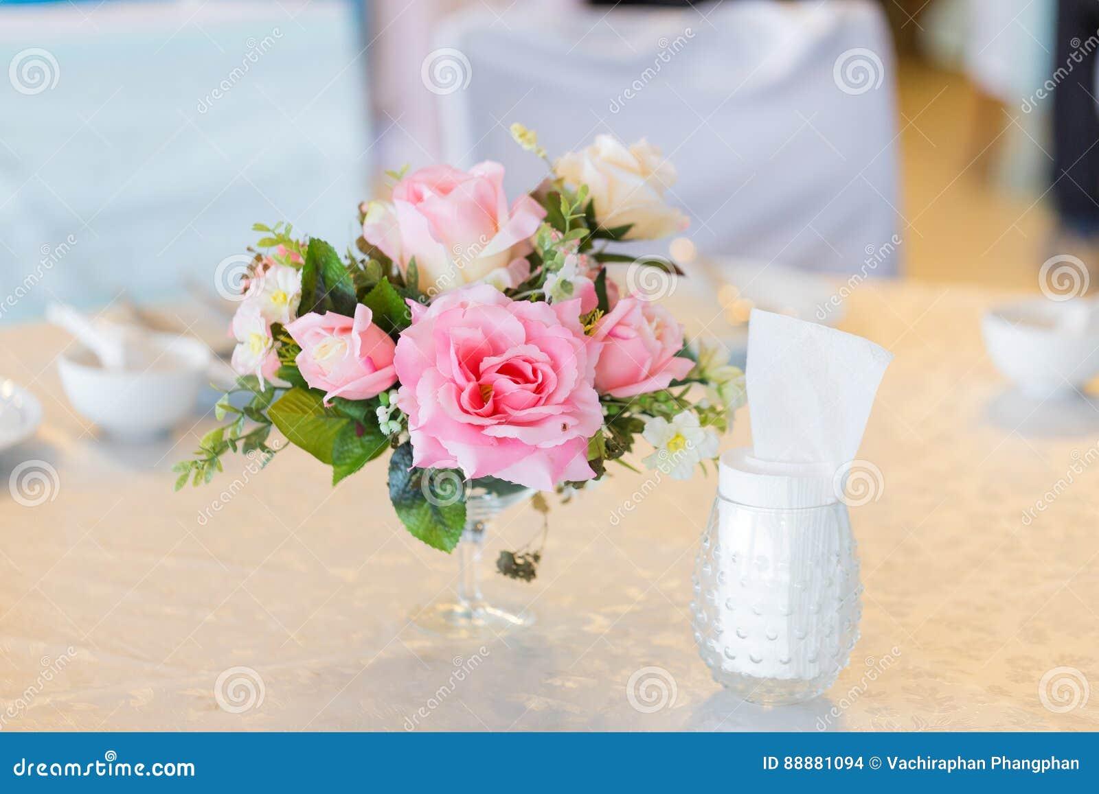 在婚礼的花瓶
