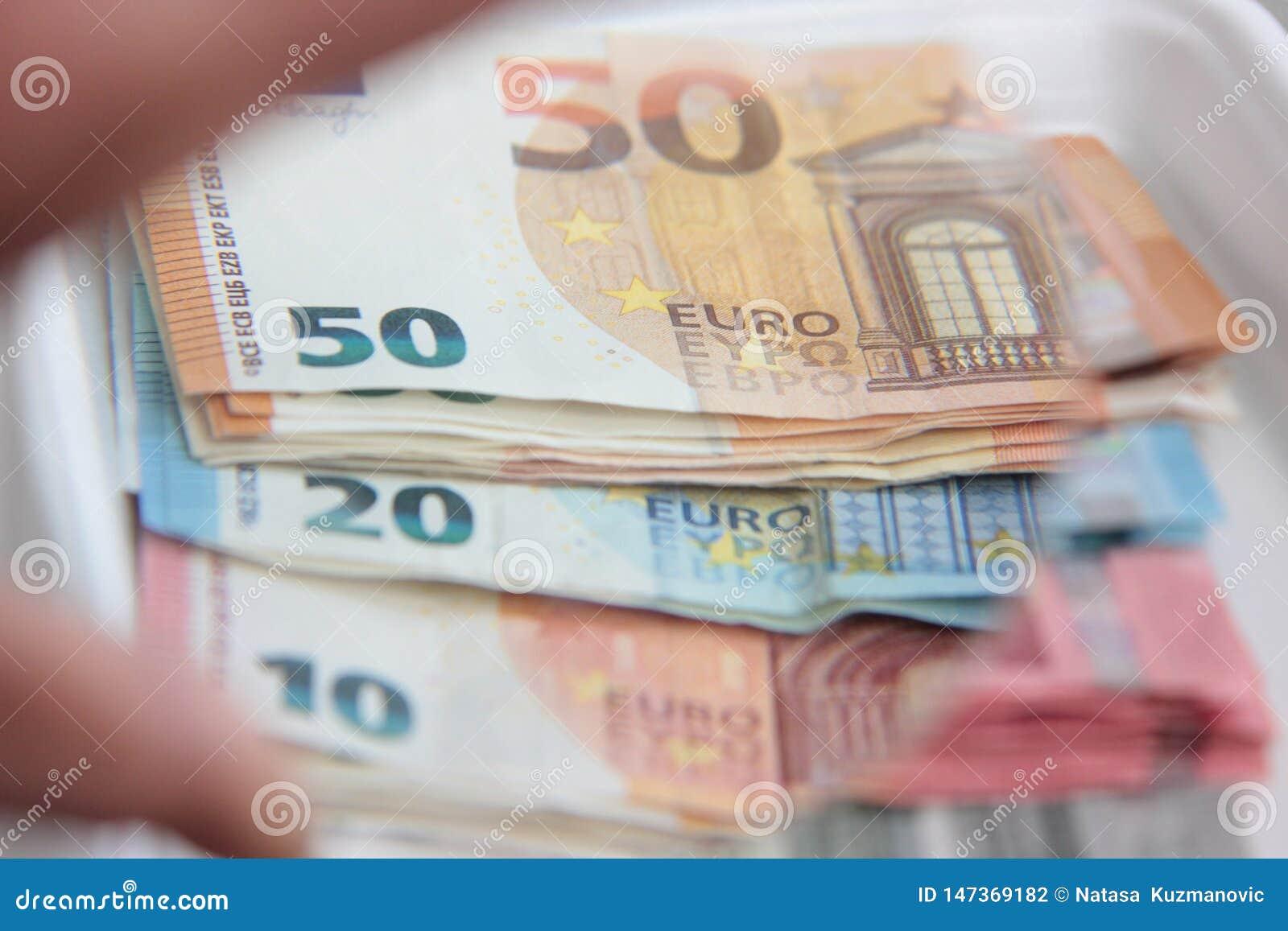 在小钞票的欧洲货币