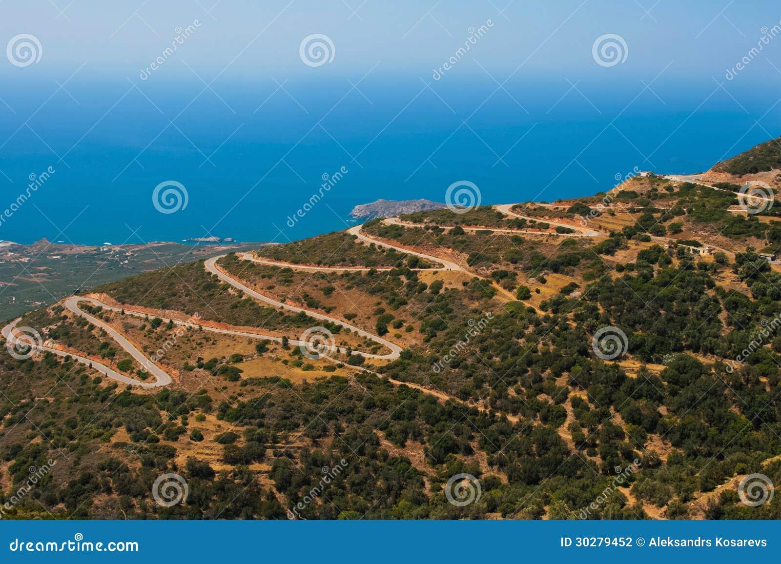 在山的危险蛇纹石在克利特,希腊