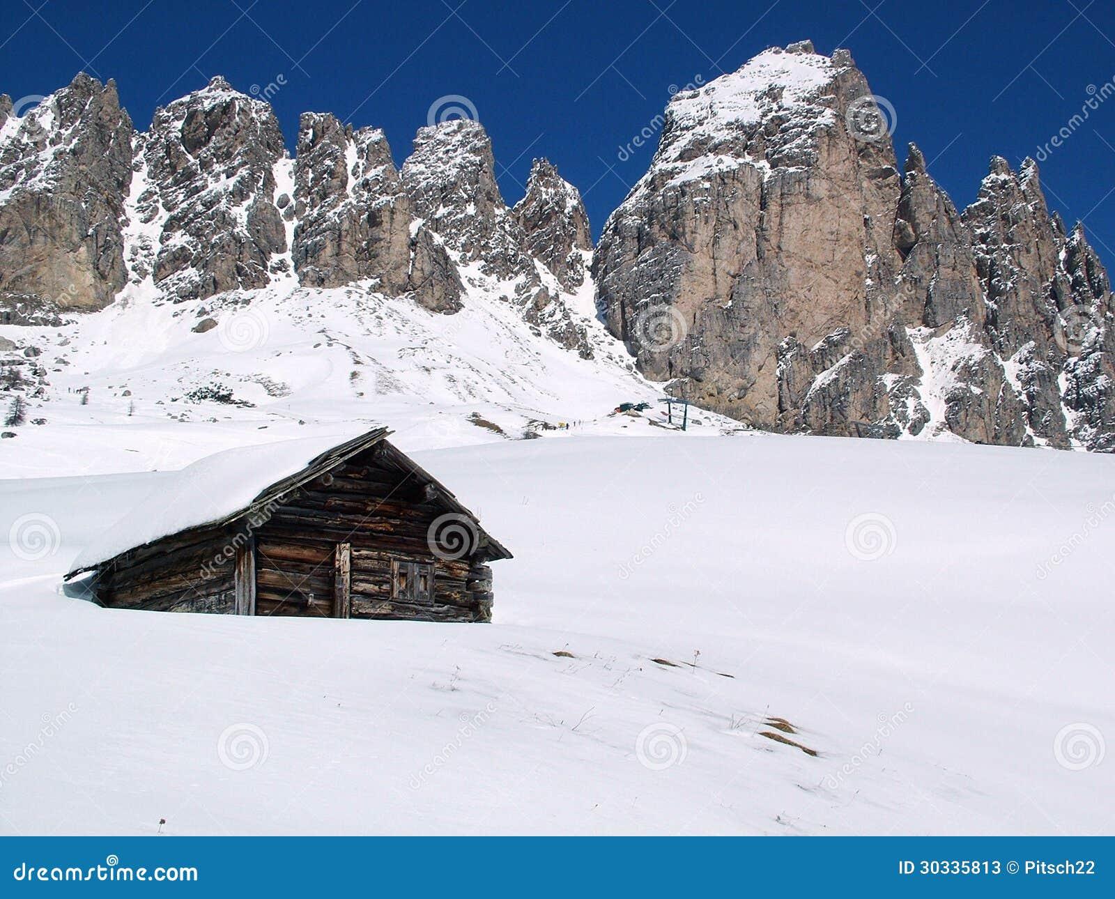 在山的小屋