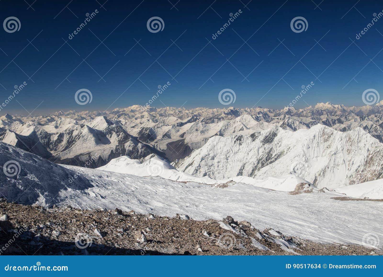 在山的看法从列宁峰