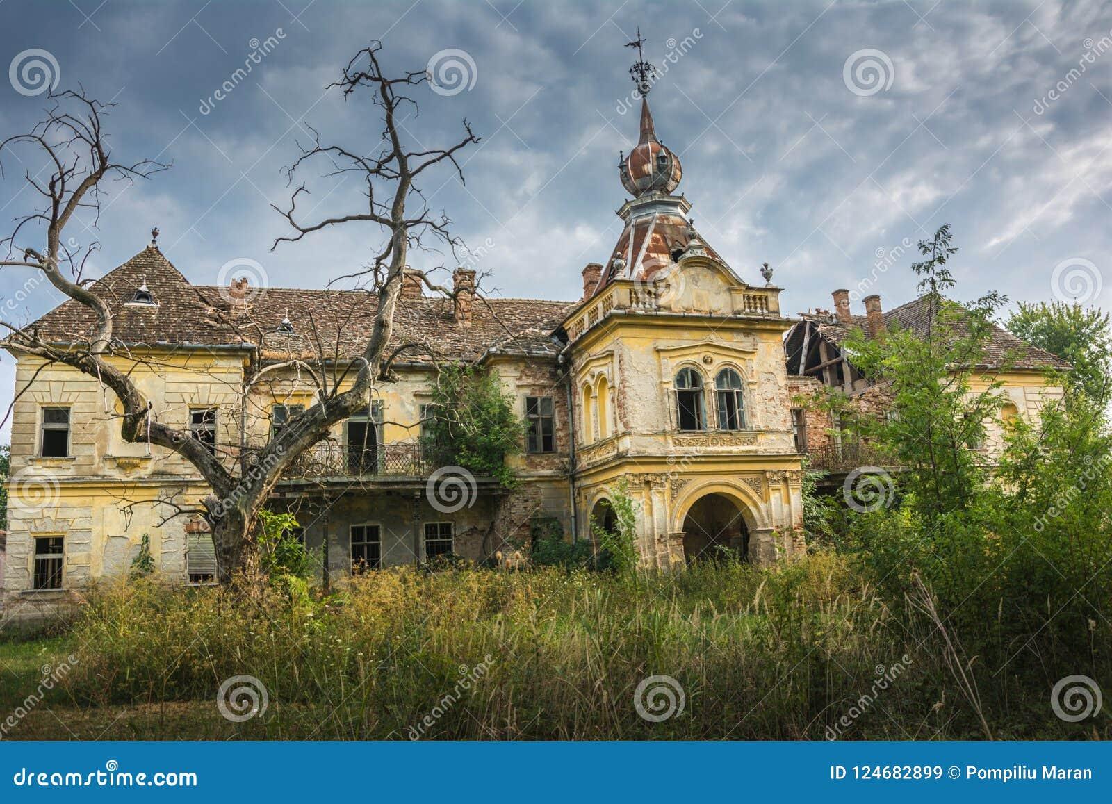 在市的老中世纪城堡弗尔沙茨附近,塞尔维亚