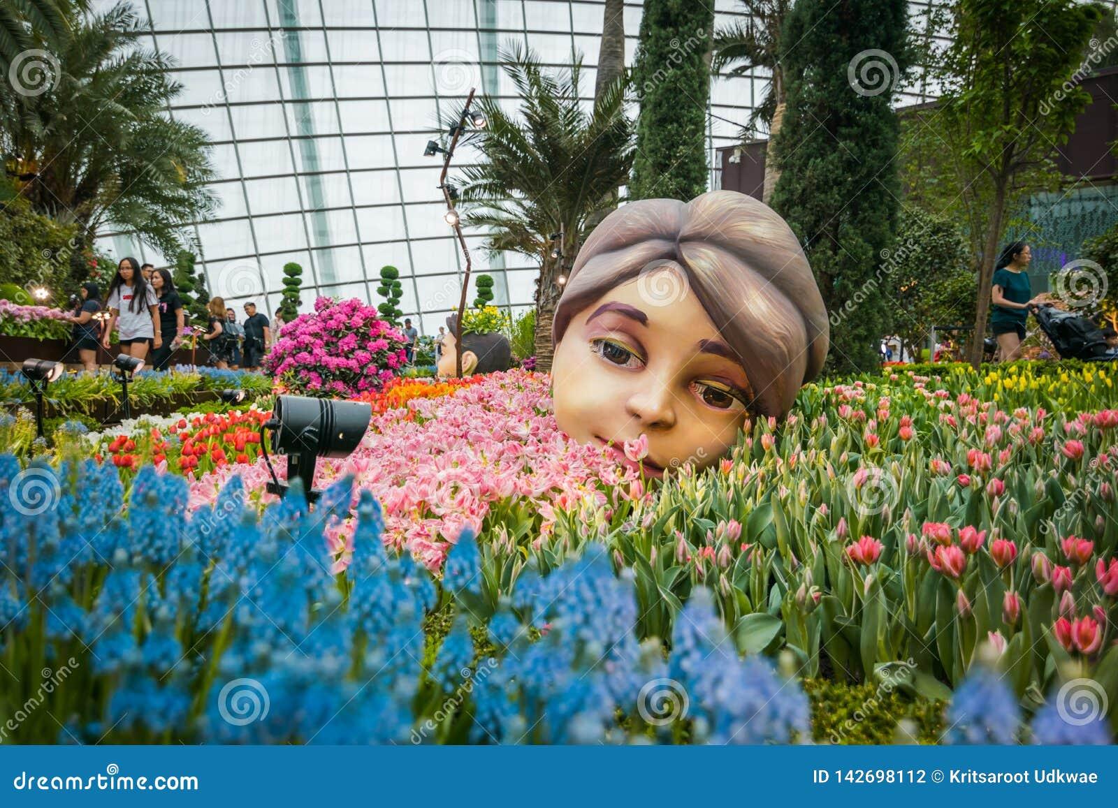 在庭院由海湾,新加坡的花圆顶