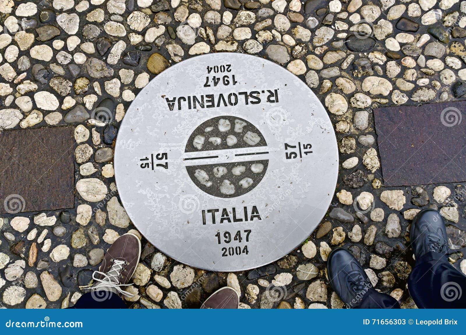 在意大利和斯洛文尼亚之间的边界标记