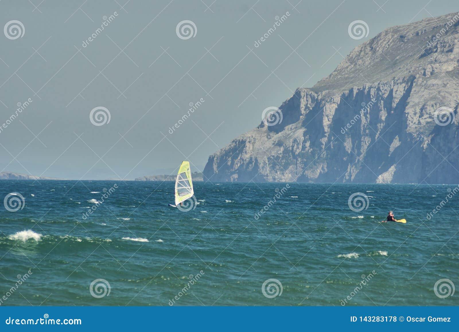 在拉雷多风帆冲浪