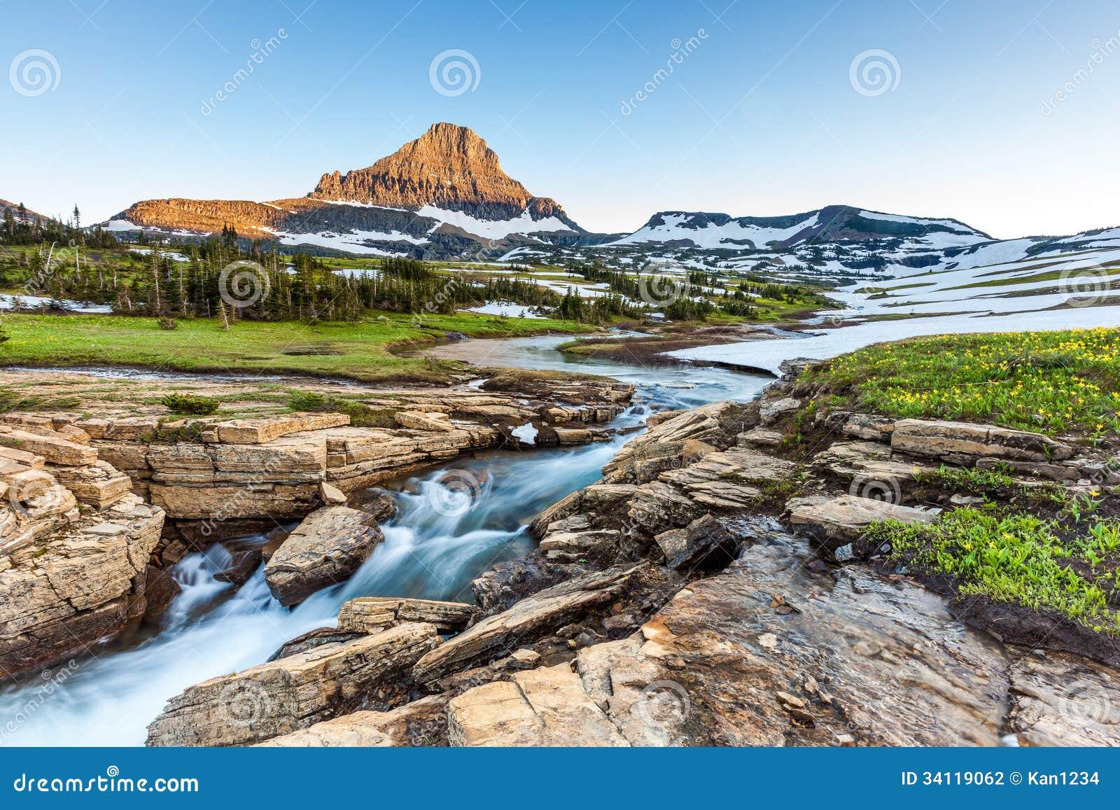 在摇石通行证,冰川国家公园, MT的美好的自然