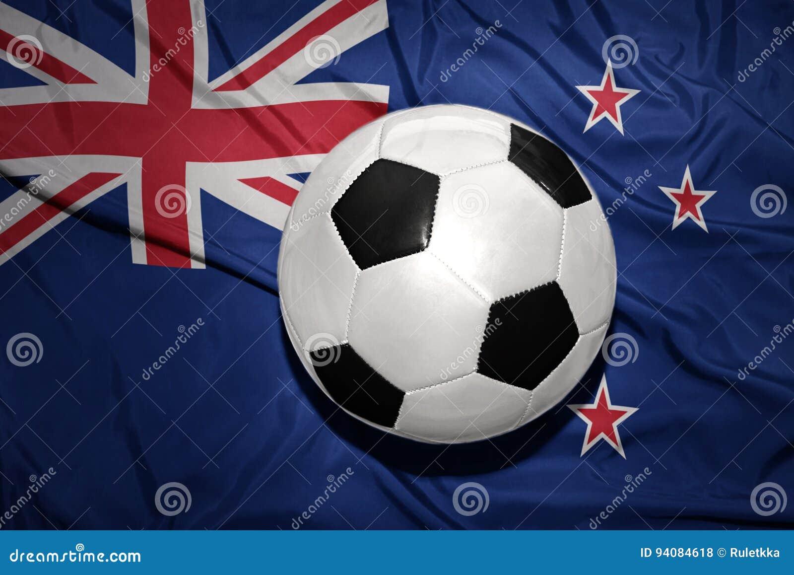 在新西兰的国旗的黑白橄榄球球