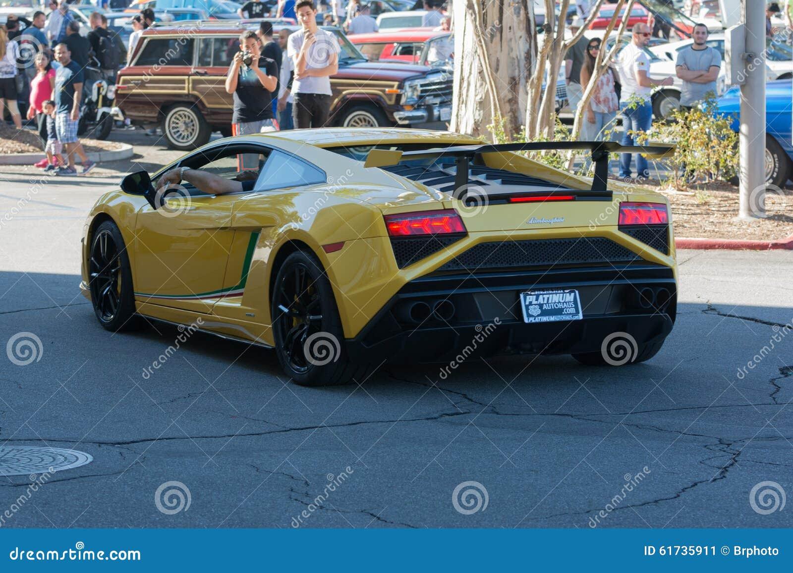 在显示的Lamborghini Gallardo