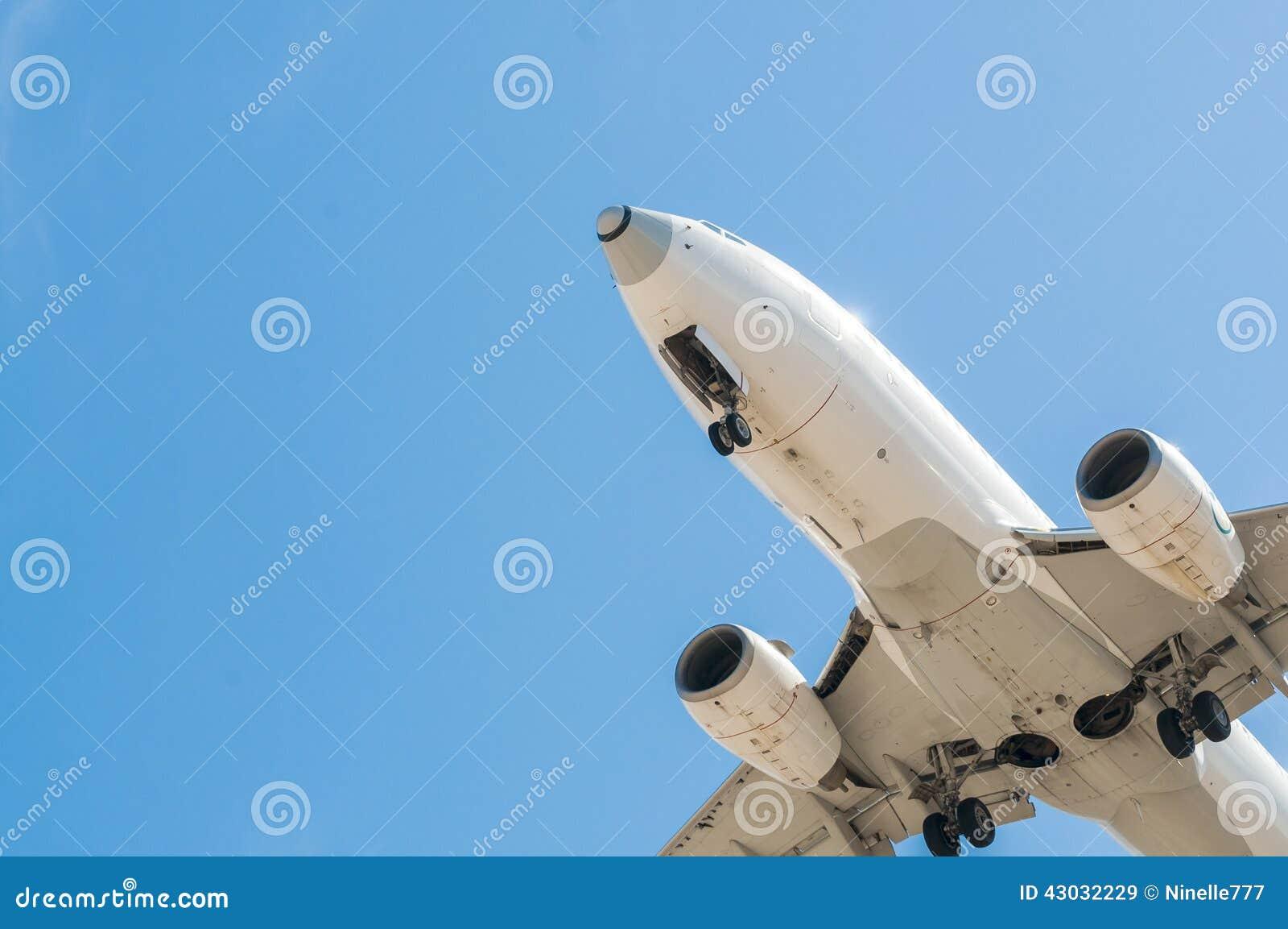 在最后渐近的航空器