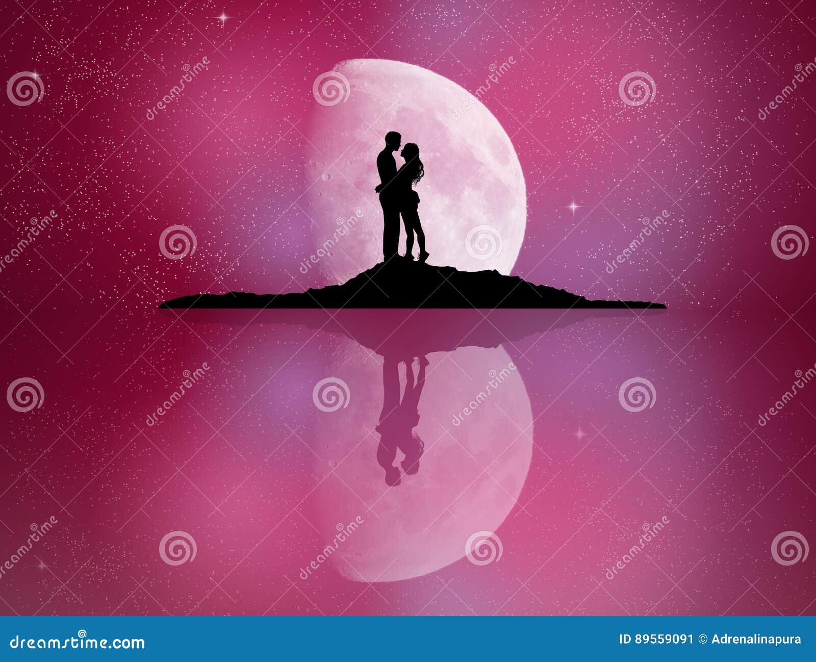 在月光反映的恋人