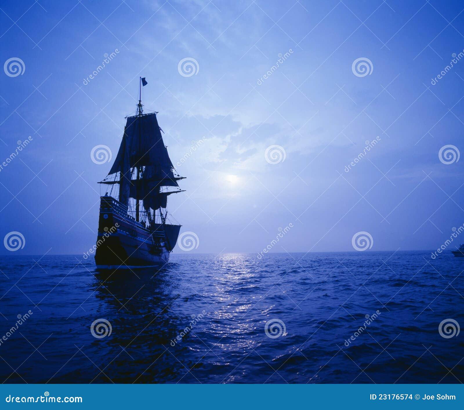 在月光的Mayflower II复制品,