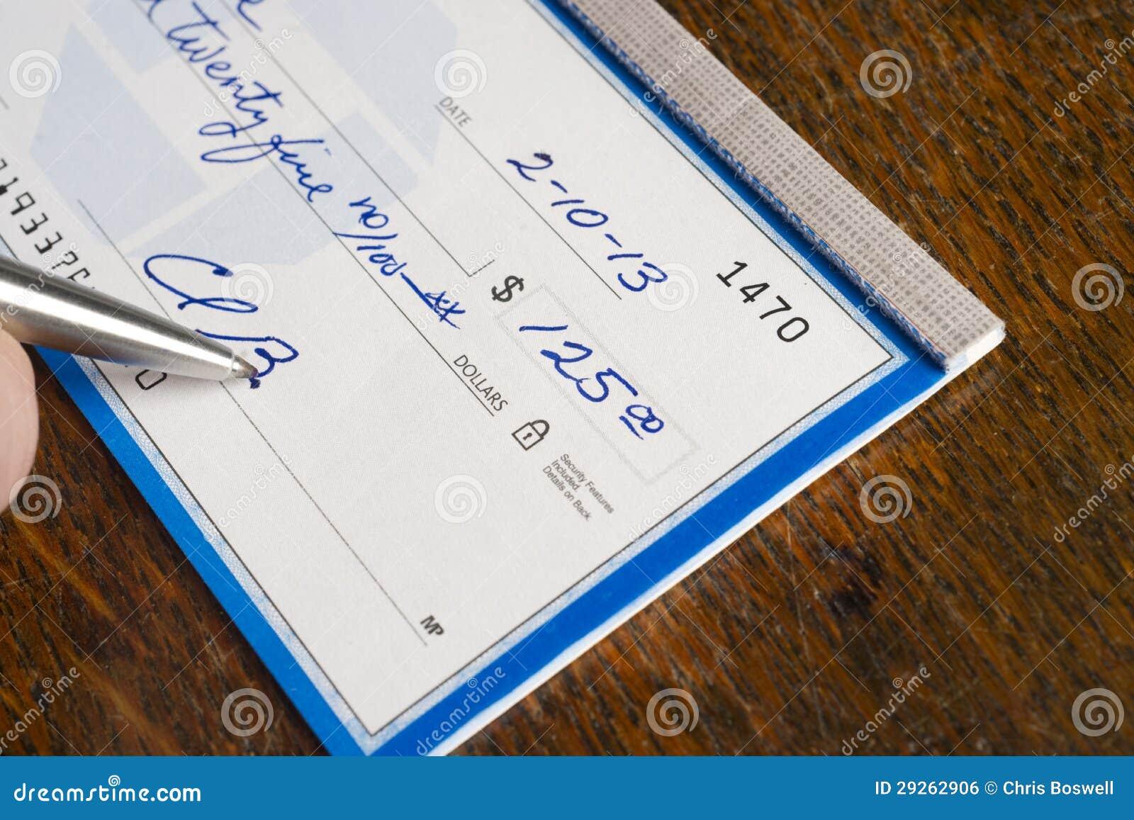 在服务台顶部的现有量签署的检查