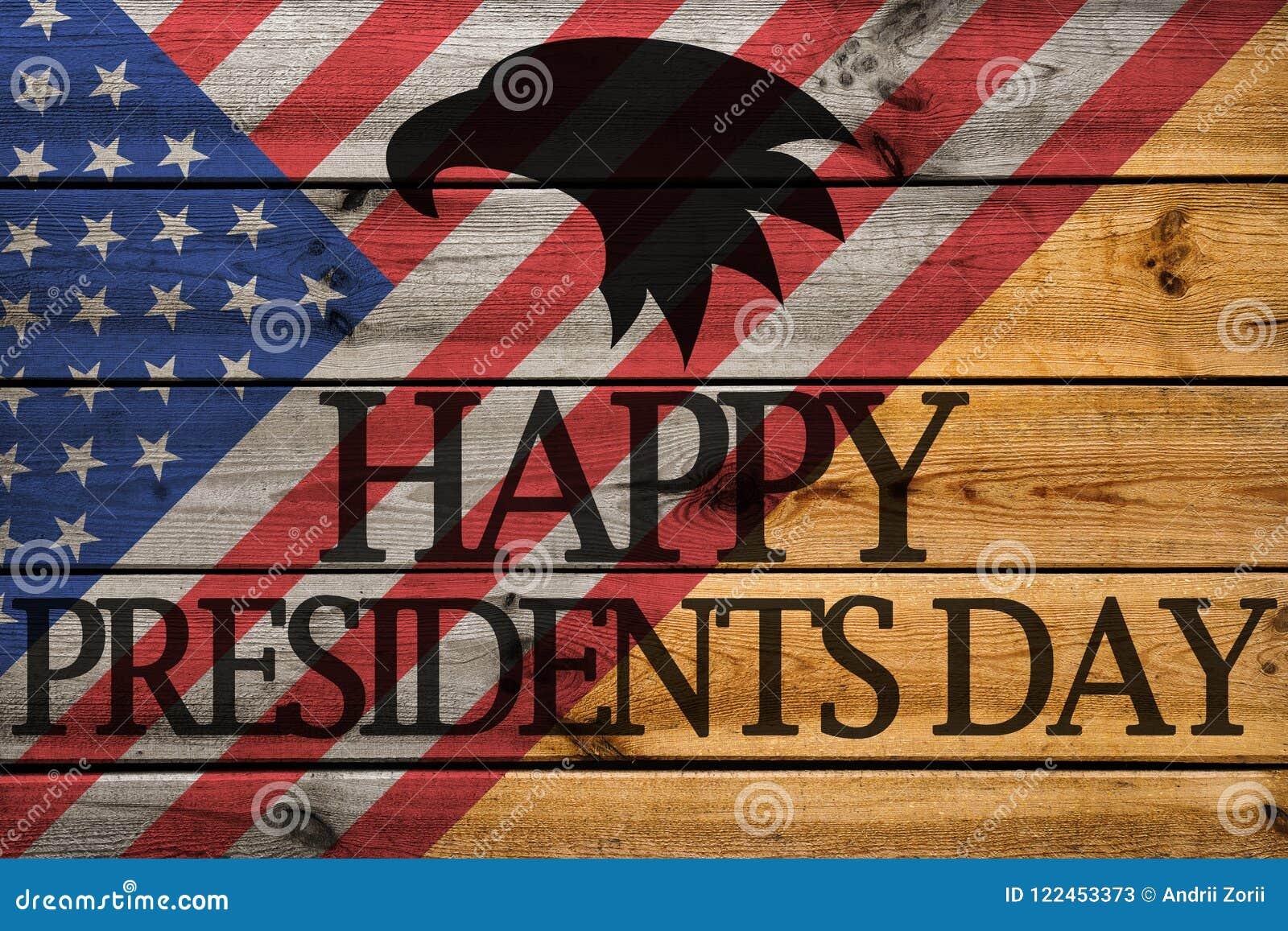 在木背景的愉快的Day总统贺卡