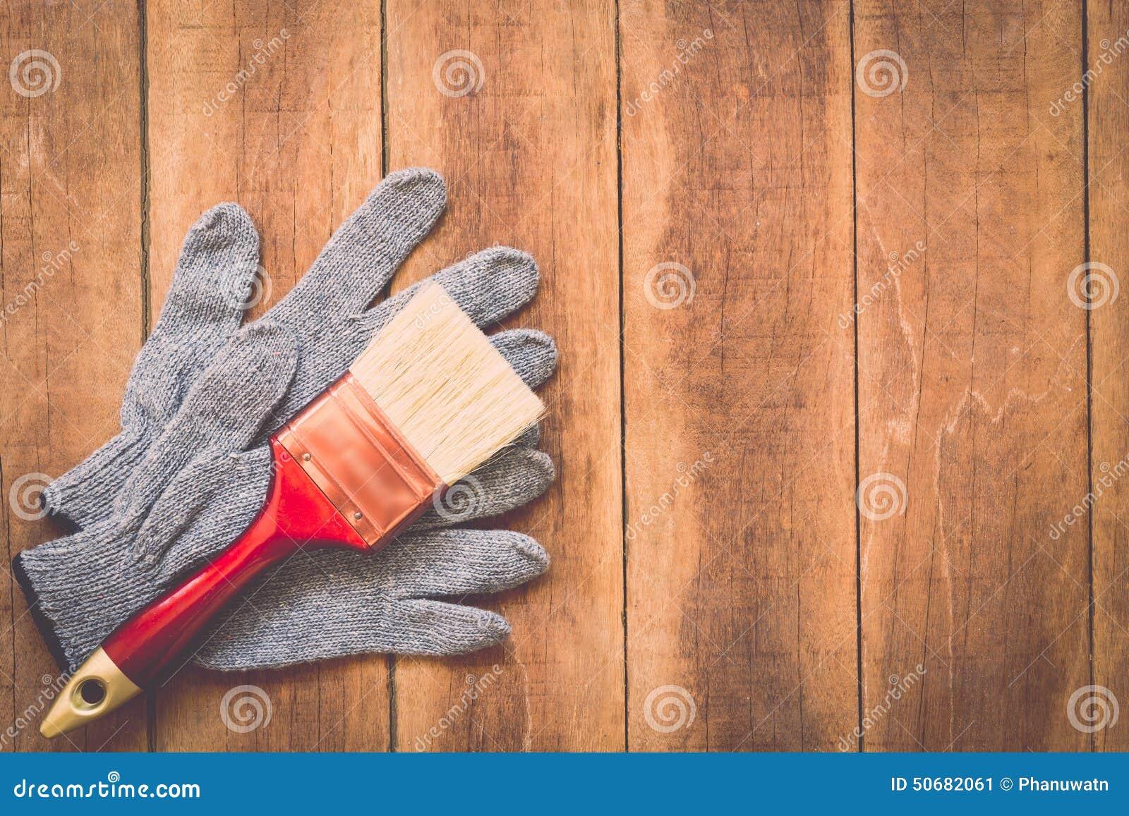 Download 在木头的被分类的工作工具 库存图片. 图片 包括有 楼层, 盔甲, 地板, 钳子, 背包, 硬件, 建筑 - 50682061